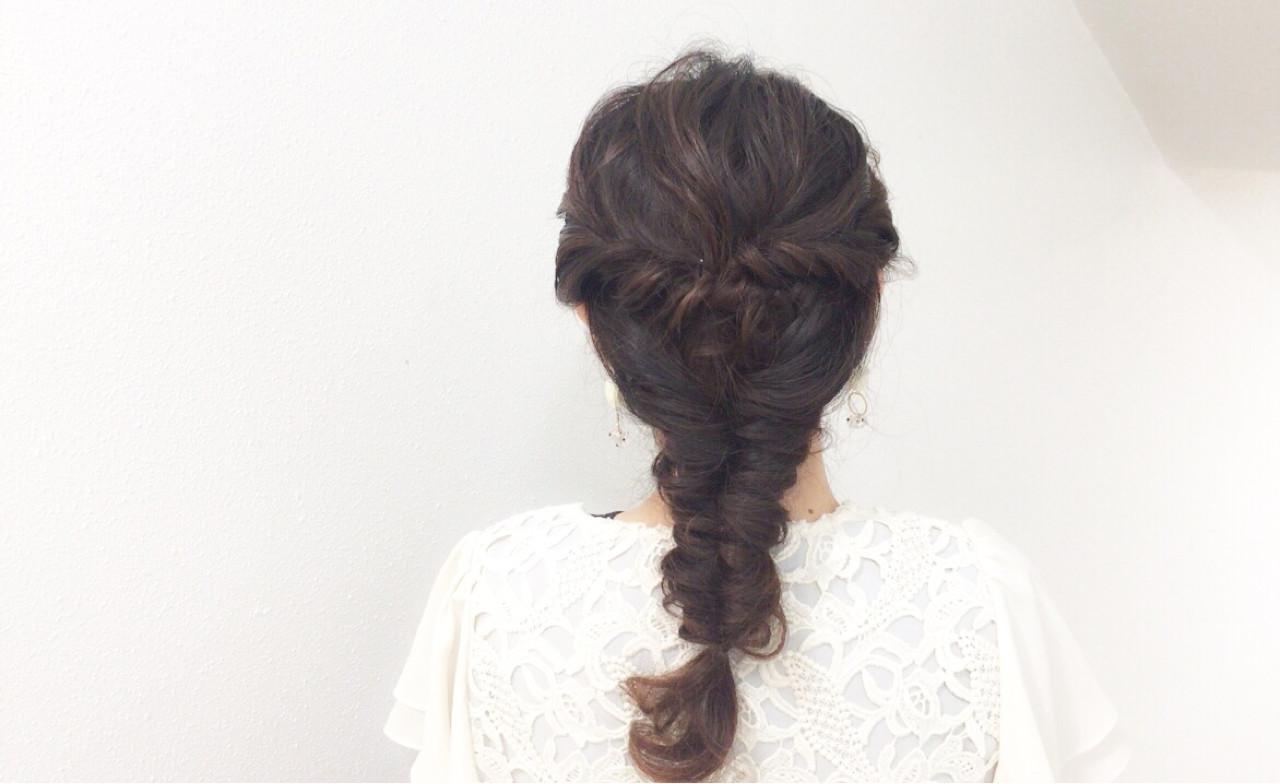 大人かわいい ヘアアレンジ ロング フィッシュボーン ヘアスタイルや髪型の写真・画像 | Taniguchi Yukiko / IRODORI hair design