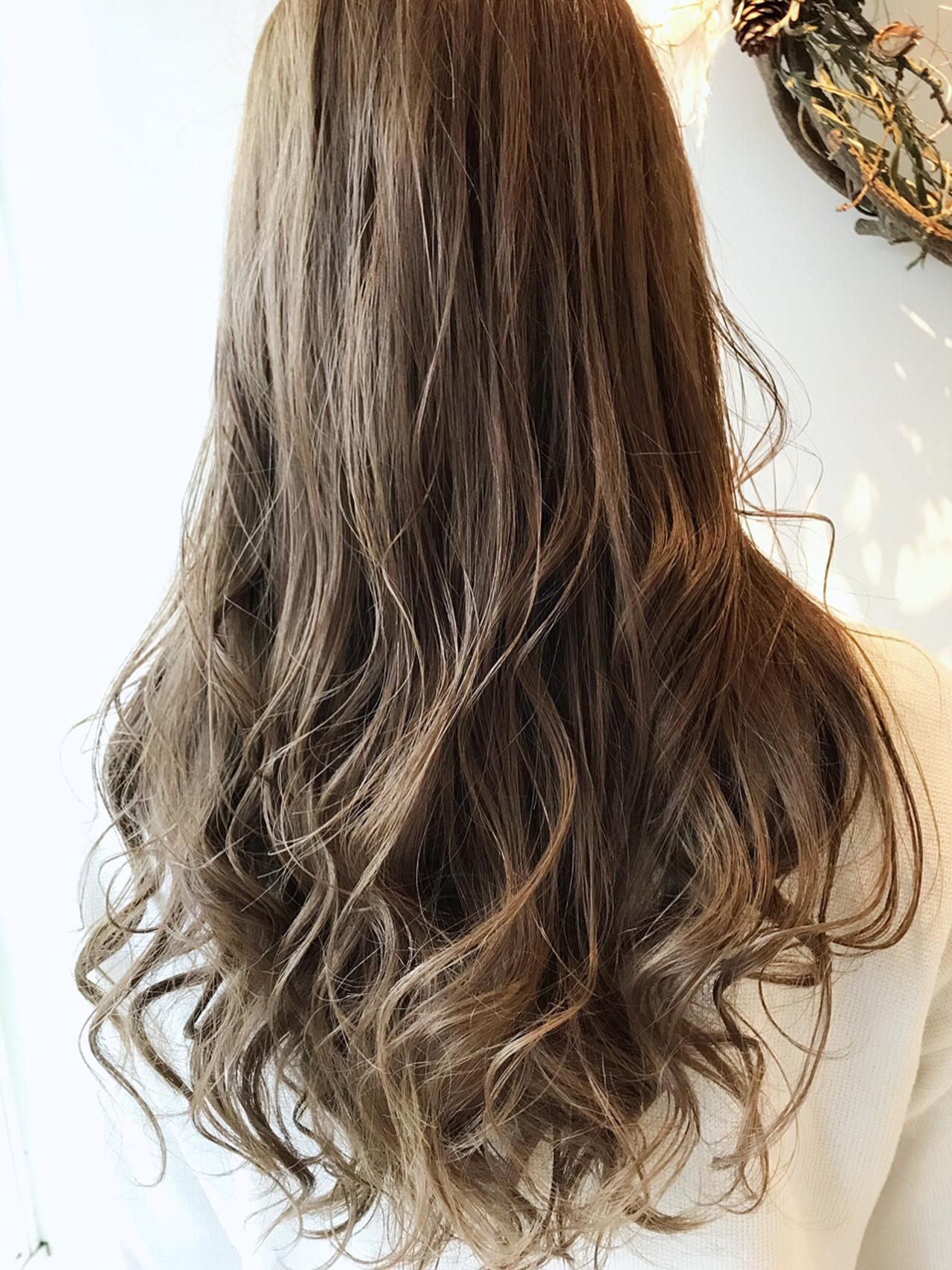 オフィス ロング アンニュイほつれヘア 簡単ヘアアレンジ ヘアスタイルや髪型の写真・画像 | 戸井田真幸 / cercle
