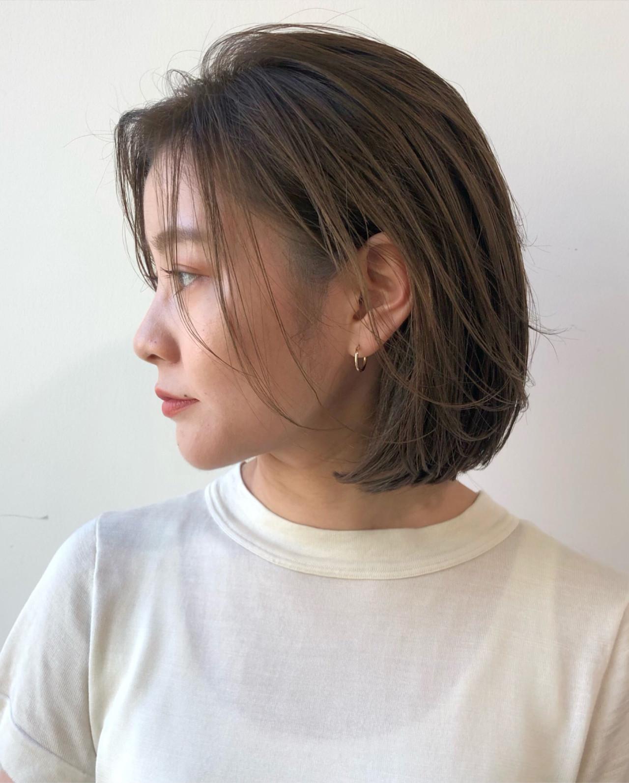 デート まとまるボブ 前髪なし ナチュラル ヘアスタイルや髪型の写真・画像 | 大園佳穂 / Gigi