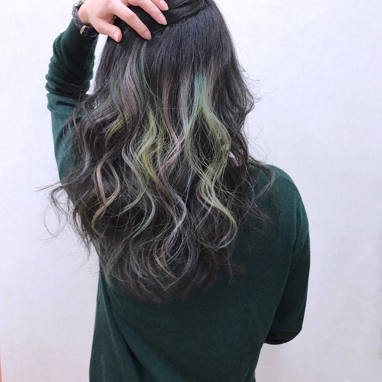大人かわいい ナチュラル インナーカラー ロング ヘアスタイルや髪型の写真・画像 | YSO / 電髪倶楽部street