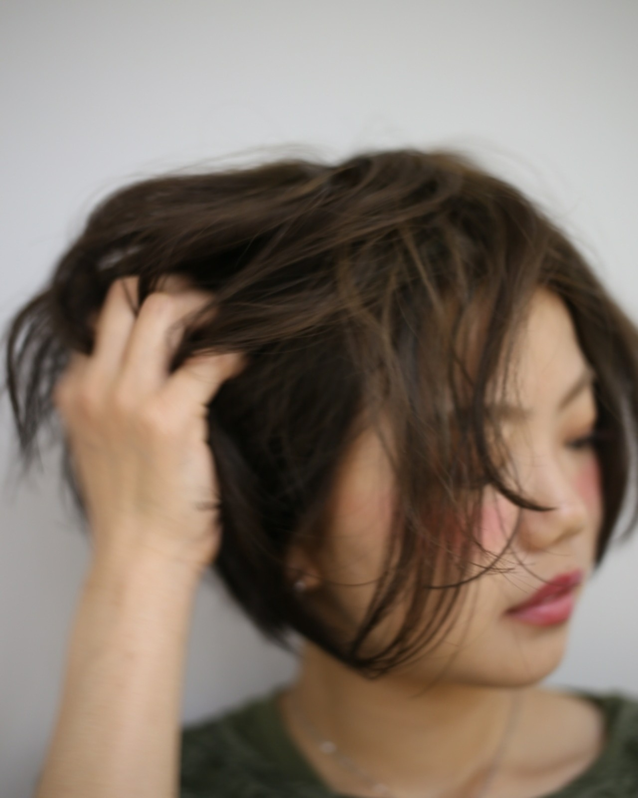 手抜きに見えないゆるさが魅力♡敏腕美容師さんおすすめ最新「抜け感ヘア」 松崎健宏