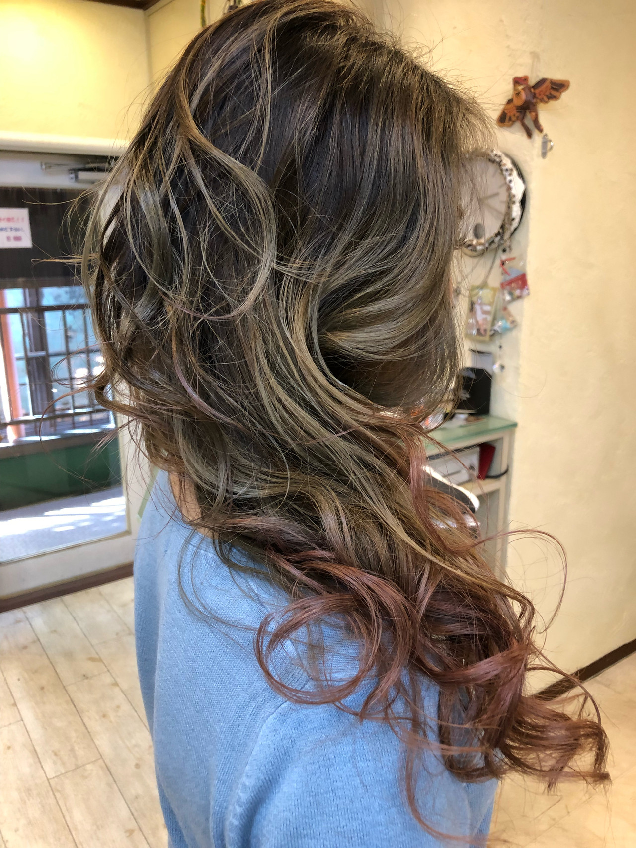 外国人風カラー ハイライト 西海岸風 ストリート ヘアスタイルや髪型の写真・画像