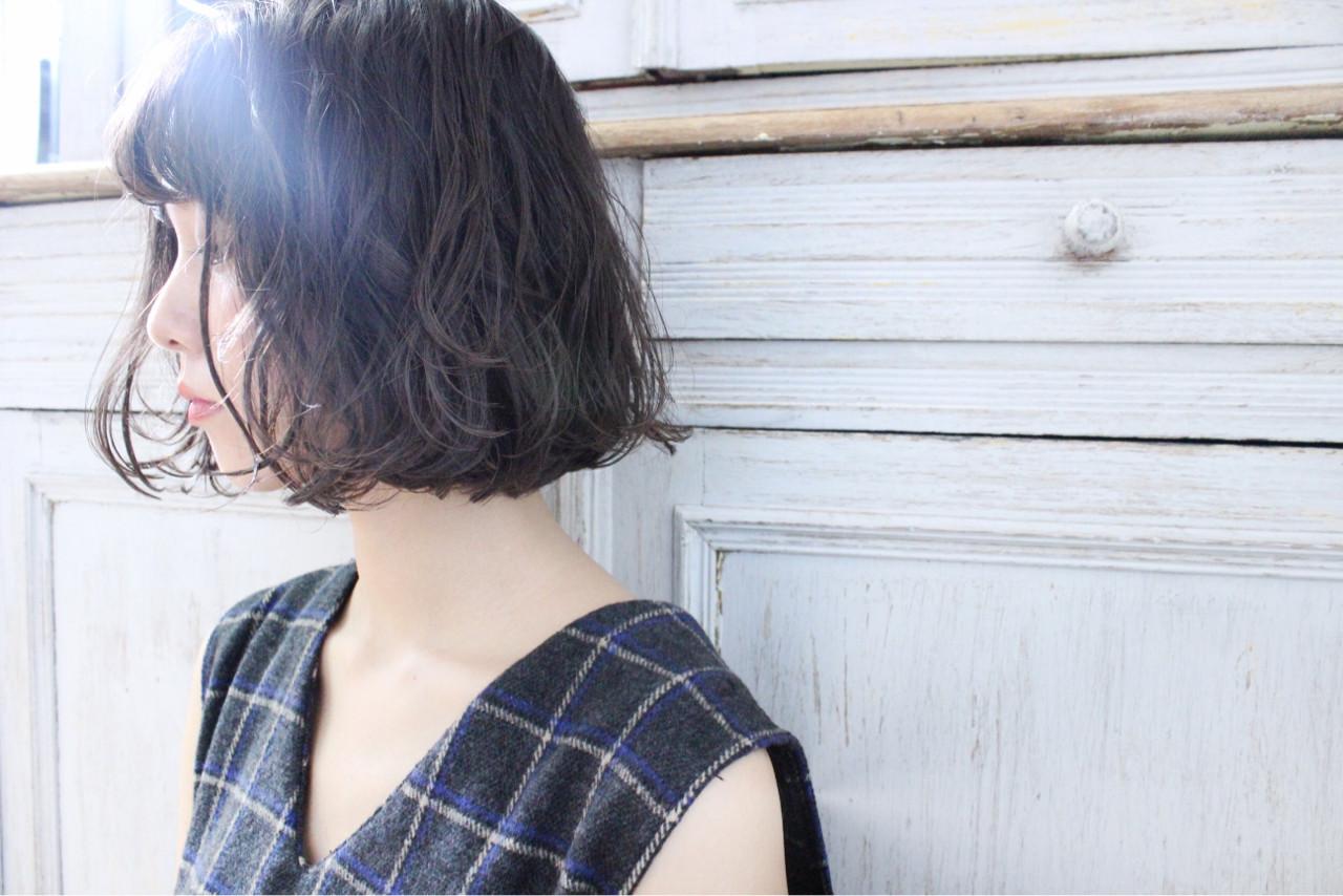 ナチュラル パーマ 冬 ゆるふわ ヘアスタイルや髪型の写真・画像