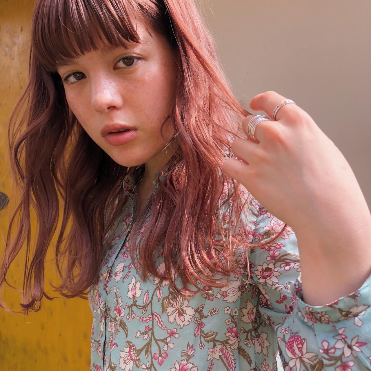 簡単ヘアアレンジ セミロング パーティ デート ヘアスタイルや髪型の写真・画像
