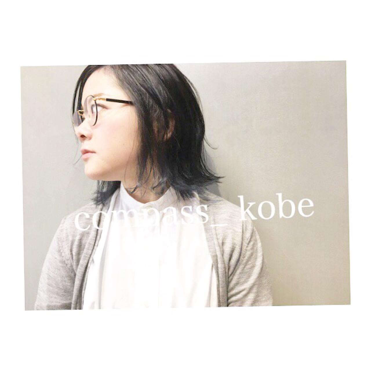 透け感ボブ × ネイビー 裾カラー☆ スタッフ募集中♫