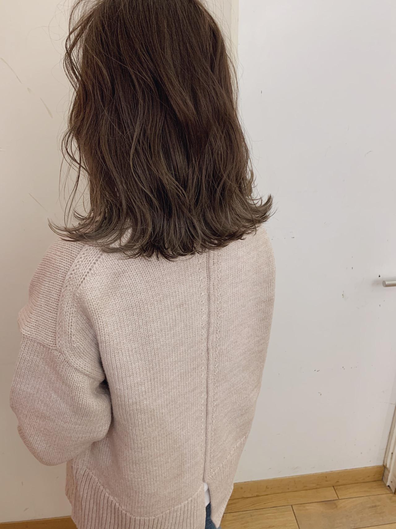 ゆるふわ アンニュイほつれヘア 大人かわいい 切りっぱなしボブ ヘアスタイルや髪型の写真・画像 | yumiko/sapporoSKNOW / SKNOW