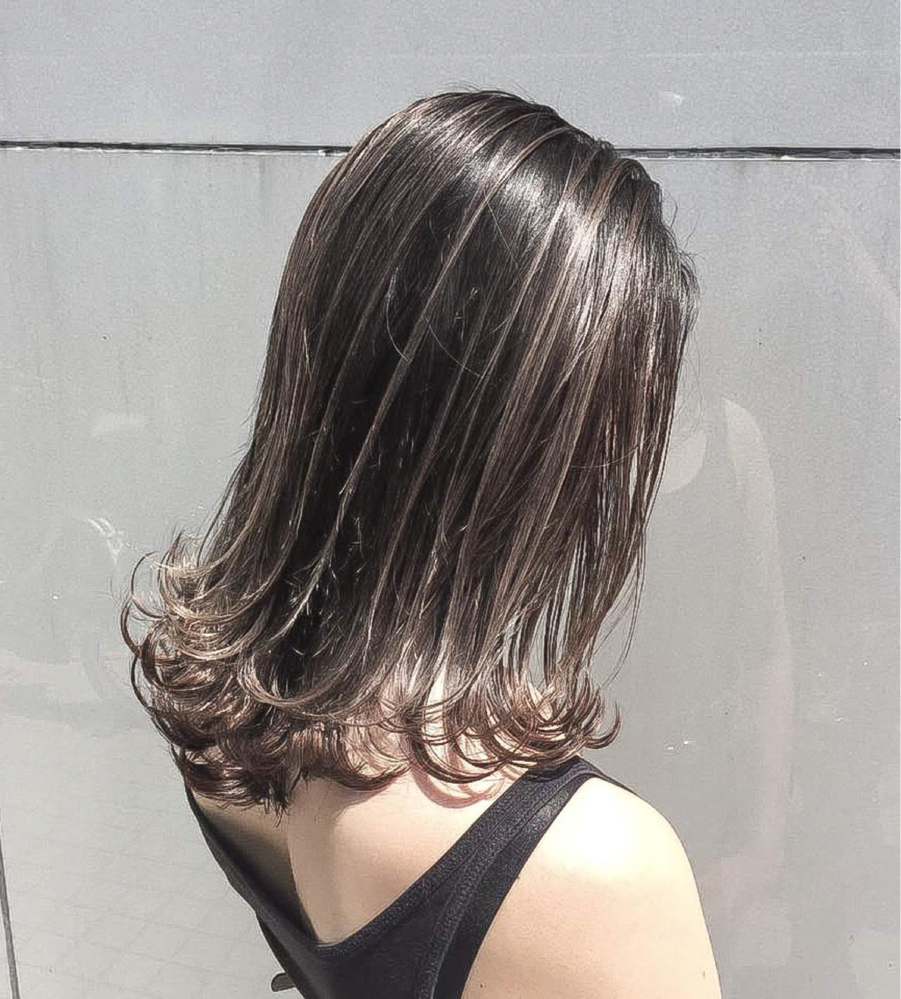 ハイライト リラックス セミロング 外国人風 ヘアスタイルや髪型の写真・画像