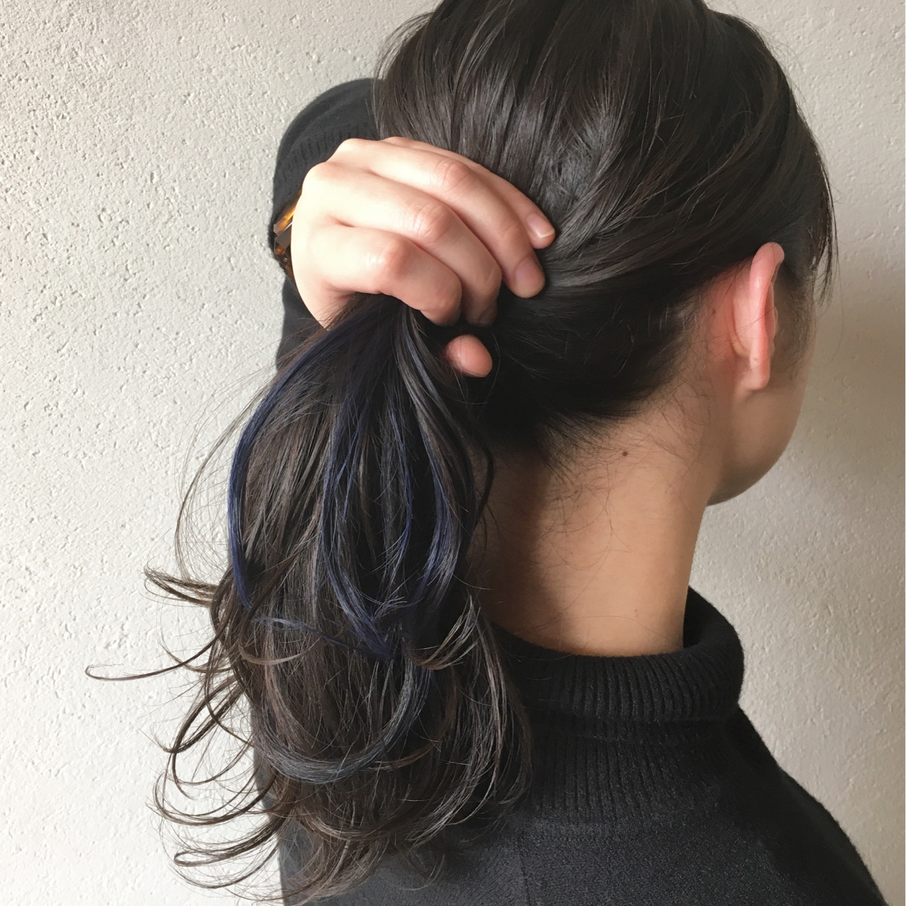 インナーカラー セミロング 簡単ヘアアレンジ デート ヘアスタイルや髪型の写真・画像
