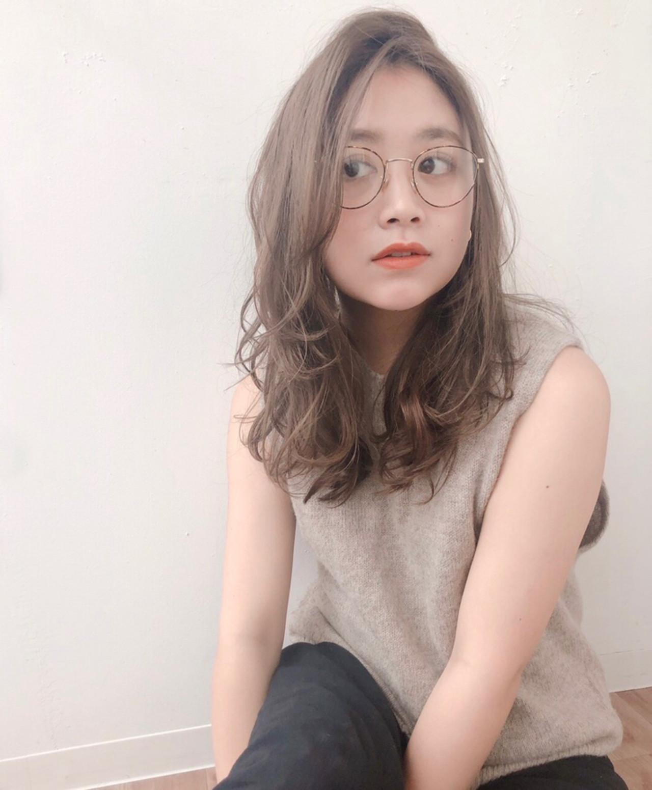 アンニュイ 流し前髪 ナチュラル ゆるかき上げウェーブ ヘアスタイルや髪型の写真・画像 | natsuki /