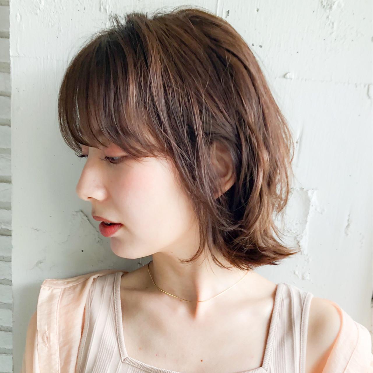 デート 外ハネボブ デジタルパーマ フェミニン ヘアスタイルや髪型の写真・画像