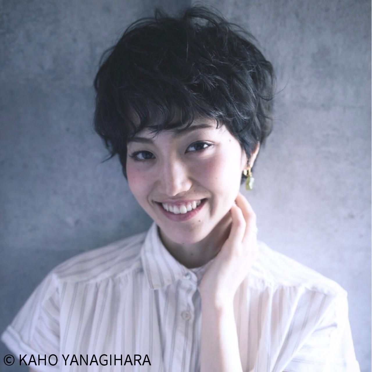 黒髪 ショート ウェーブ パーマ ヘアスタイルや髪型の写真・画像 | KAHO YANAGIHARA /