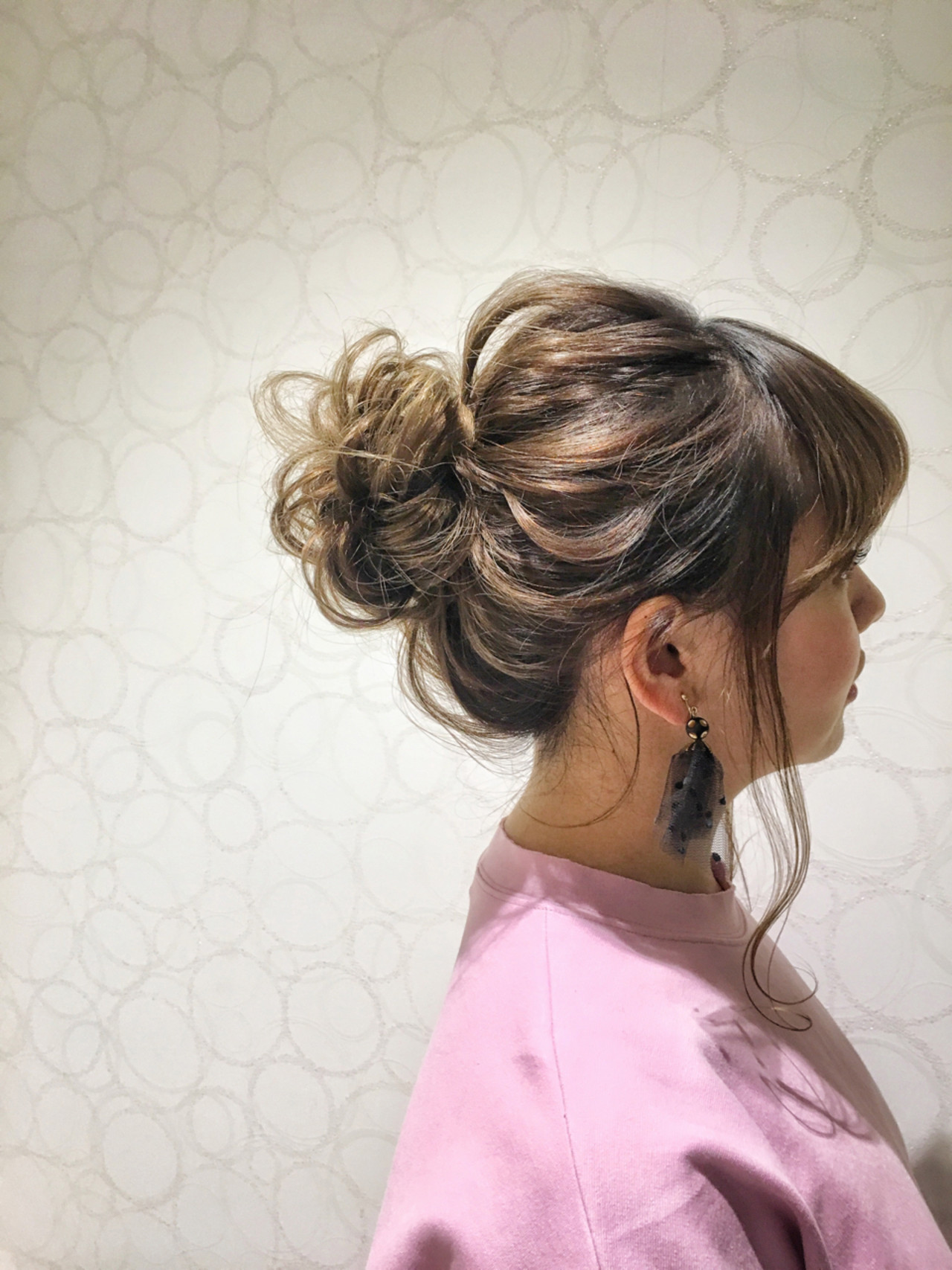 ヘアアレンジ ルーズ ミディアム 外国人風 ヘアスタイルや髪型の写真・画像 | 佐伯 優 / e.m.a ASSORT