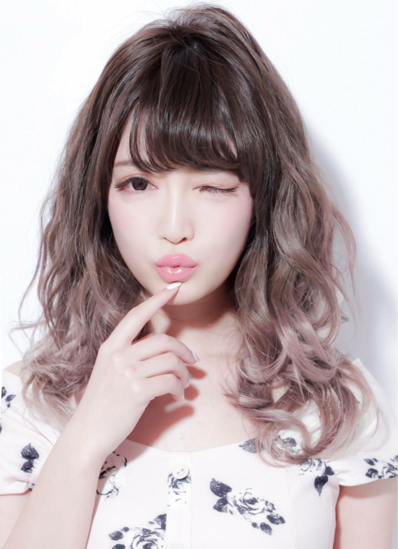 グラデーションカラー アッシュグレージュ 外国人風カラー アッシュ ヘアスタイルや髪型の写真・画像