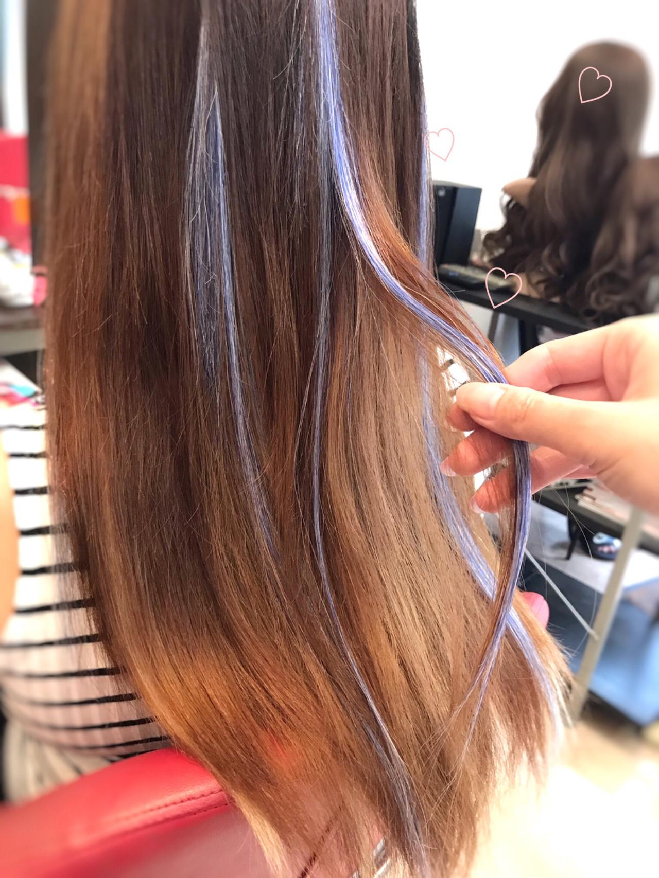 エクステ ハイトーン ブルー カラーバター ヘアスタイルや髪型の写真・画像
