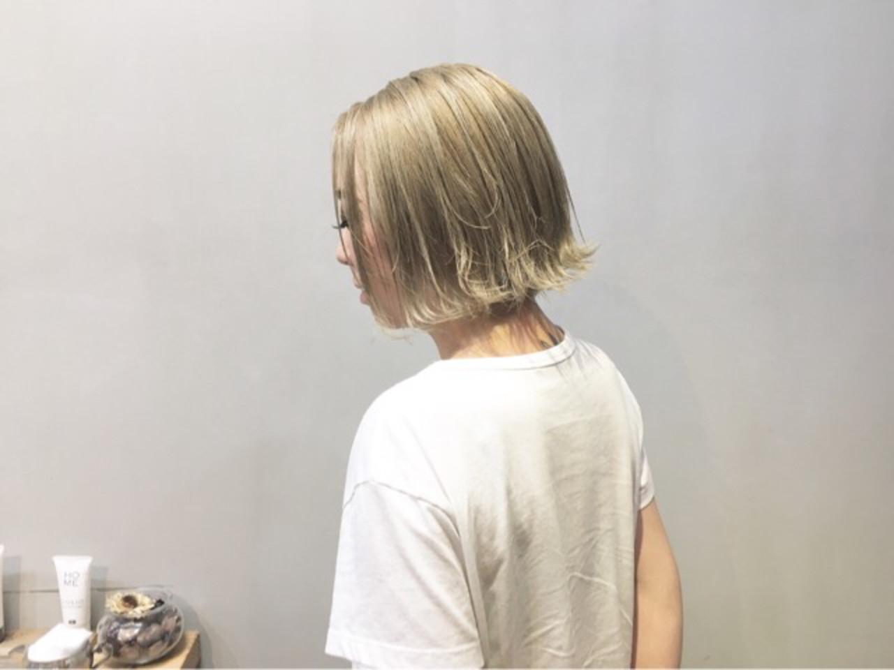 ミルクティーベージュ ミルクティーアッシュ ミルクティーグレージュ ストリート ヘアスタイルや髪型の写真・画像