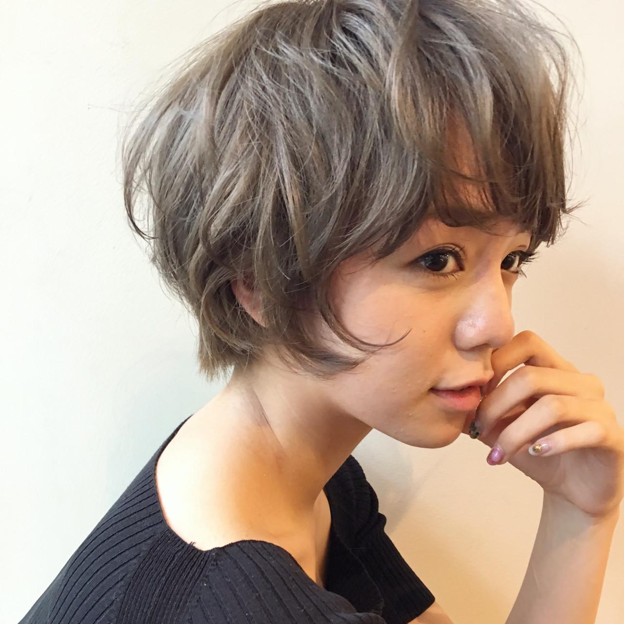 外国人風カラー フェミニン アンニュイ ウェーブ ヘアスタイルや髪型の写真・画像