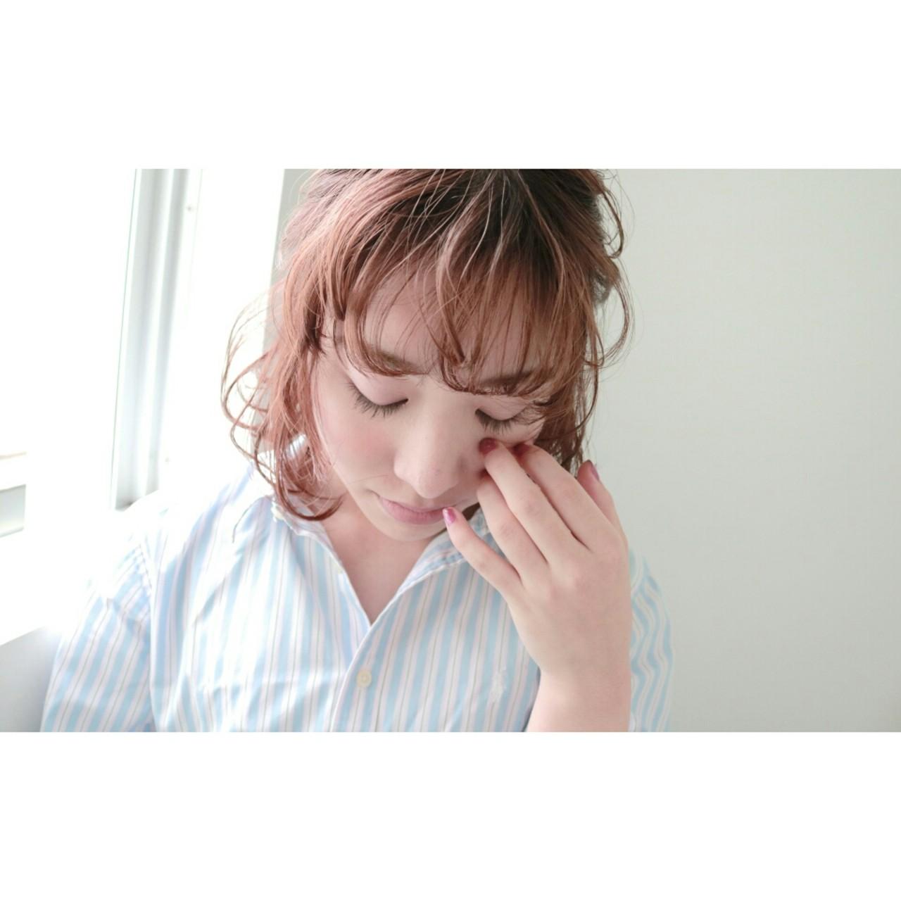 小顔 ヘアアレンジ ナチュラル 大人かわいい ヘアスタイルや髪型の写真・画像 | 丸山悟 / DEARL