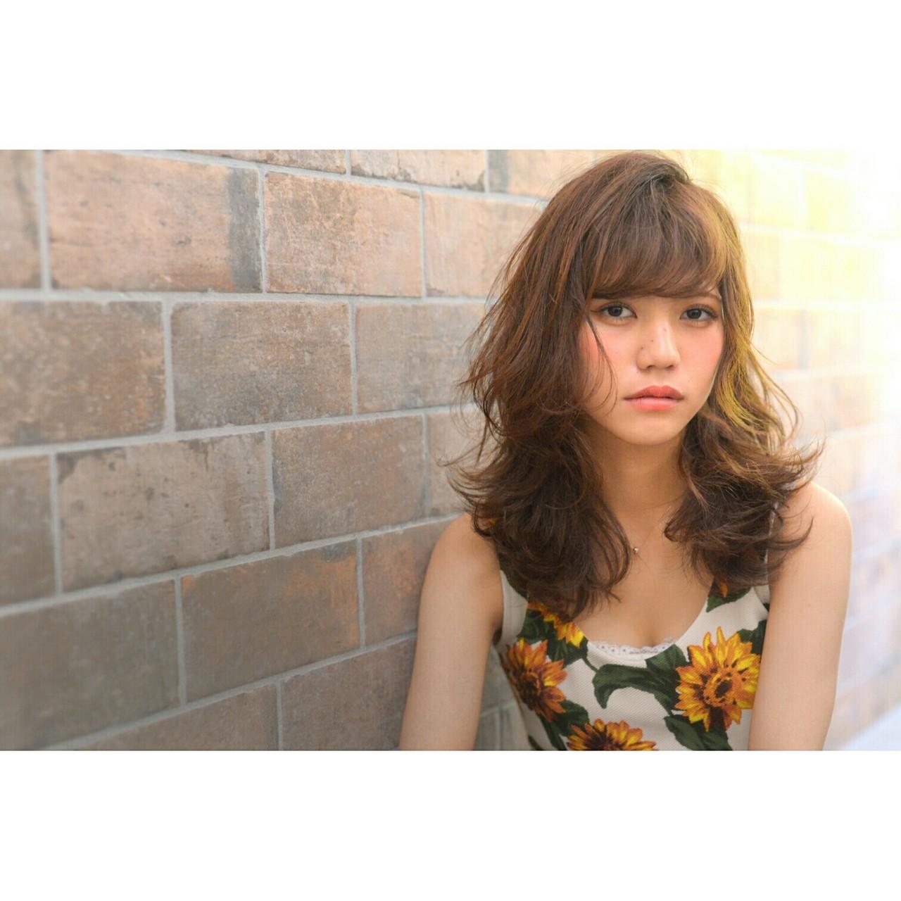 ストリート 外国人風 フェミニン 大人かわいい ヘアスタイルや髪型の写真・画像
