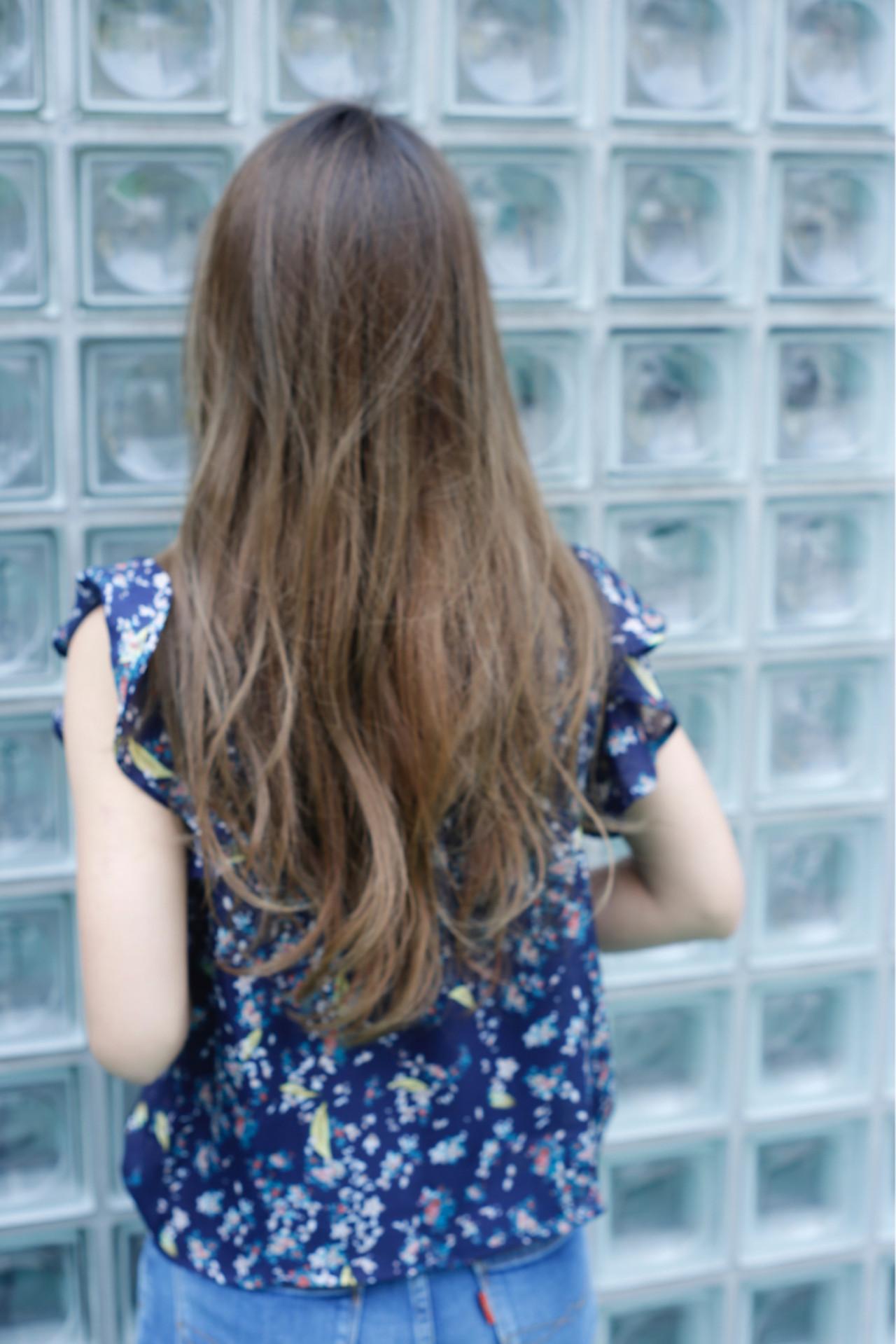 アウトドア ナチュラル ロング グレージュ ヘアスタイルや髪型の写真・画像 | 中村 猛 / MODE K's 塚本店 (モードケイズ)