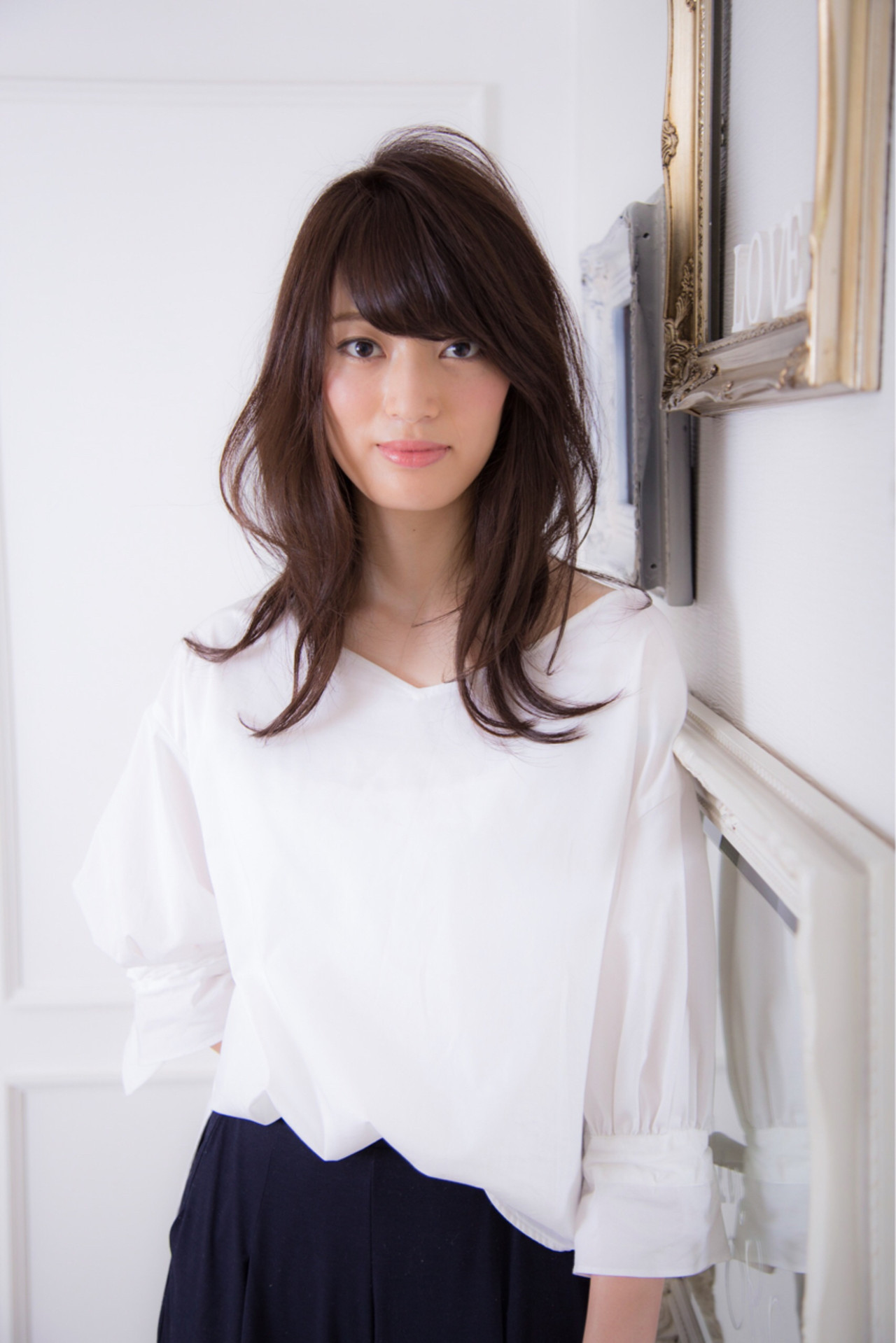 セミロング ミディアム 暗髪 ストリート ヘアスタイルや髪型の写真・画像