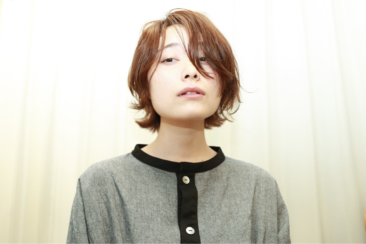 パーマ 暗髪 ショートボブ ナチュラル ヘアスタイルや髪型の写真・画像 | 西尾 隆介 / Labyrinth