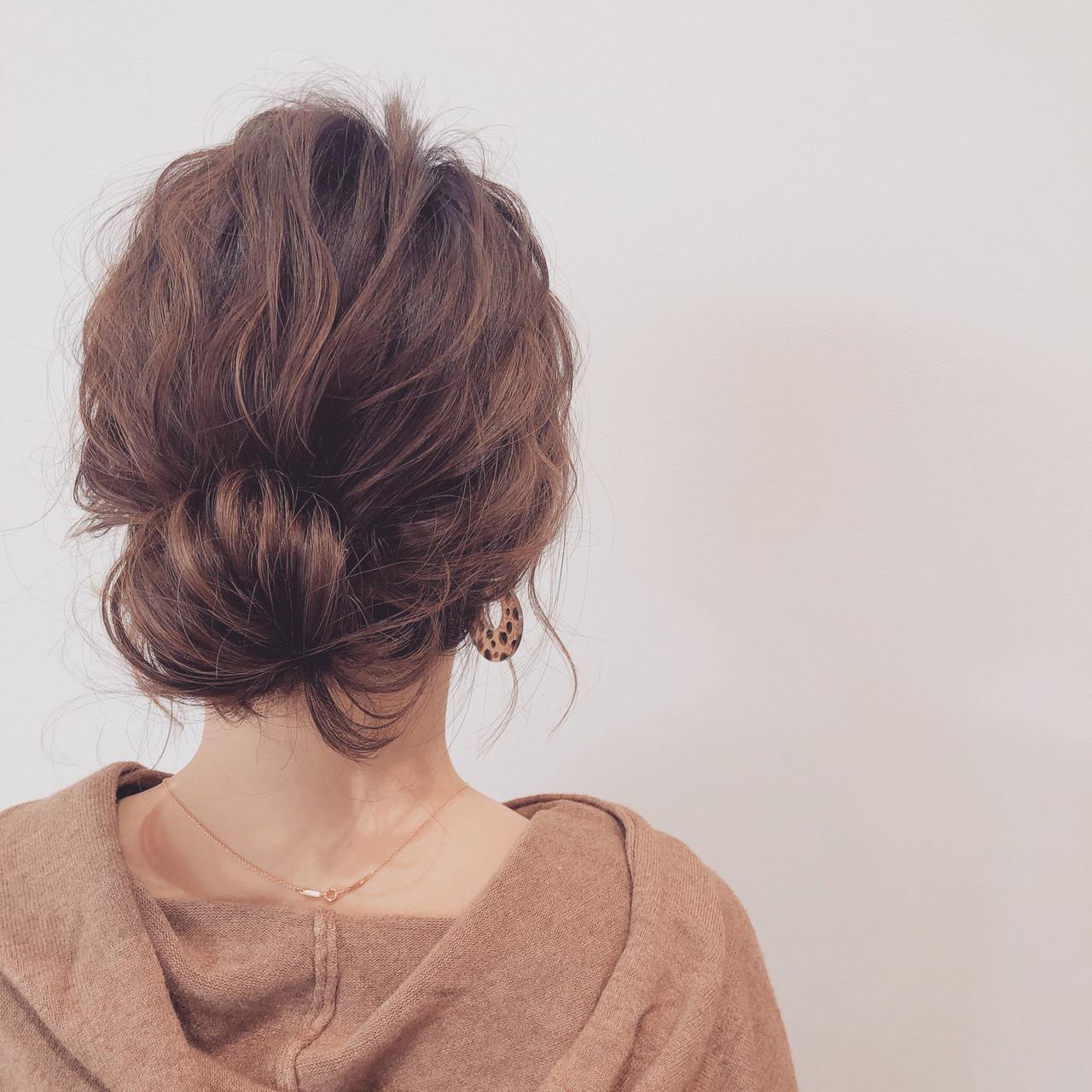 お団子アレンジ ヘアアレンジ セミロング セルフアレンジ ヘアスタイルや髪型の写真・画像