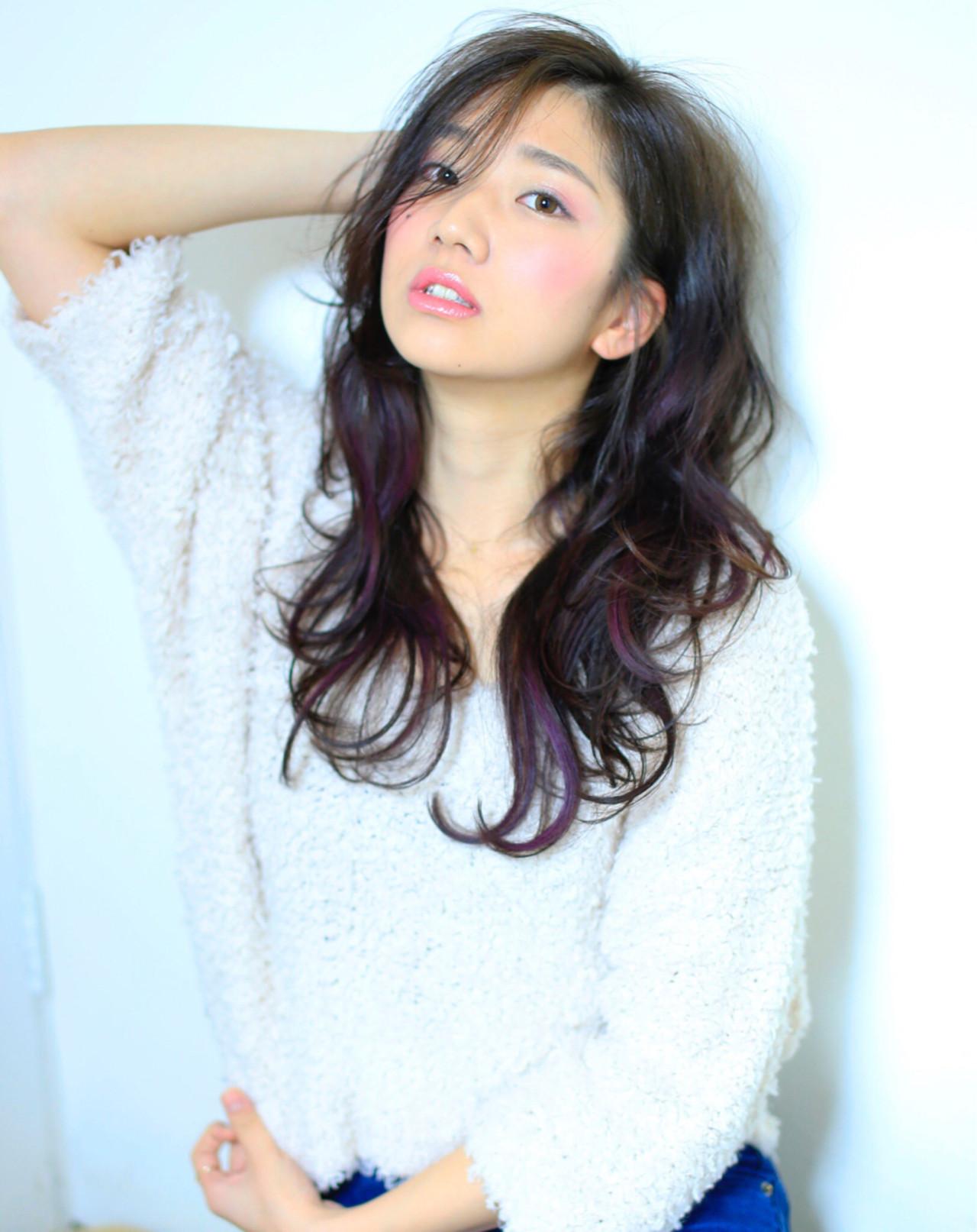 大人かわいい レイヤーカット パーマ ロング ヘアスタイルや髪型の写真・画像
