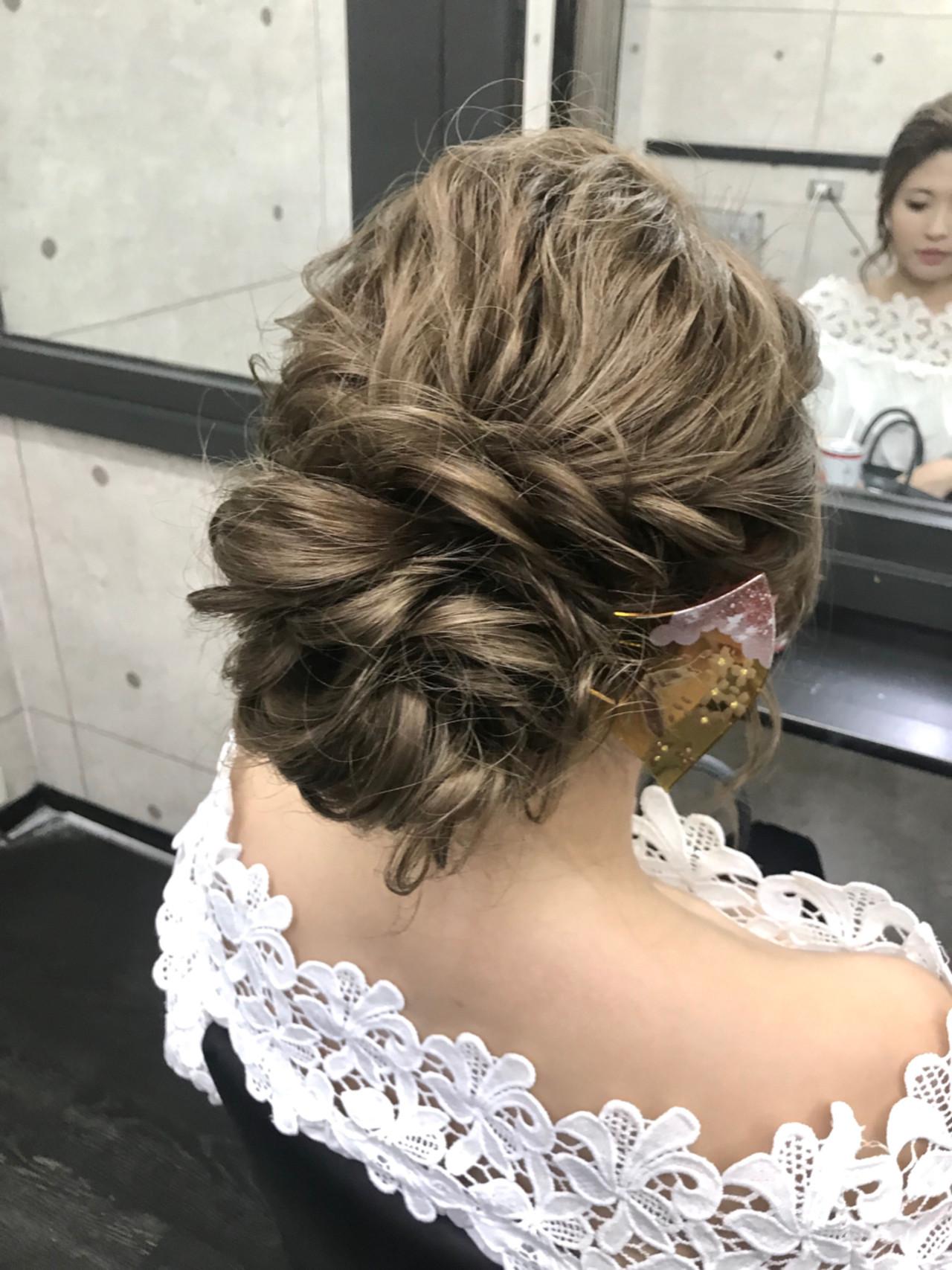 ヘアアレンジ シニヨン ブライダル エレガント ヘアスタイルや髪型の写真・画像