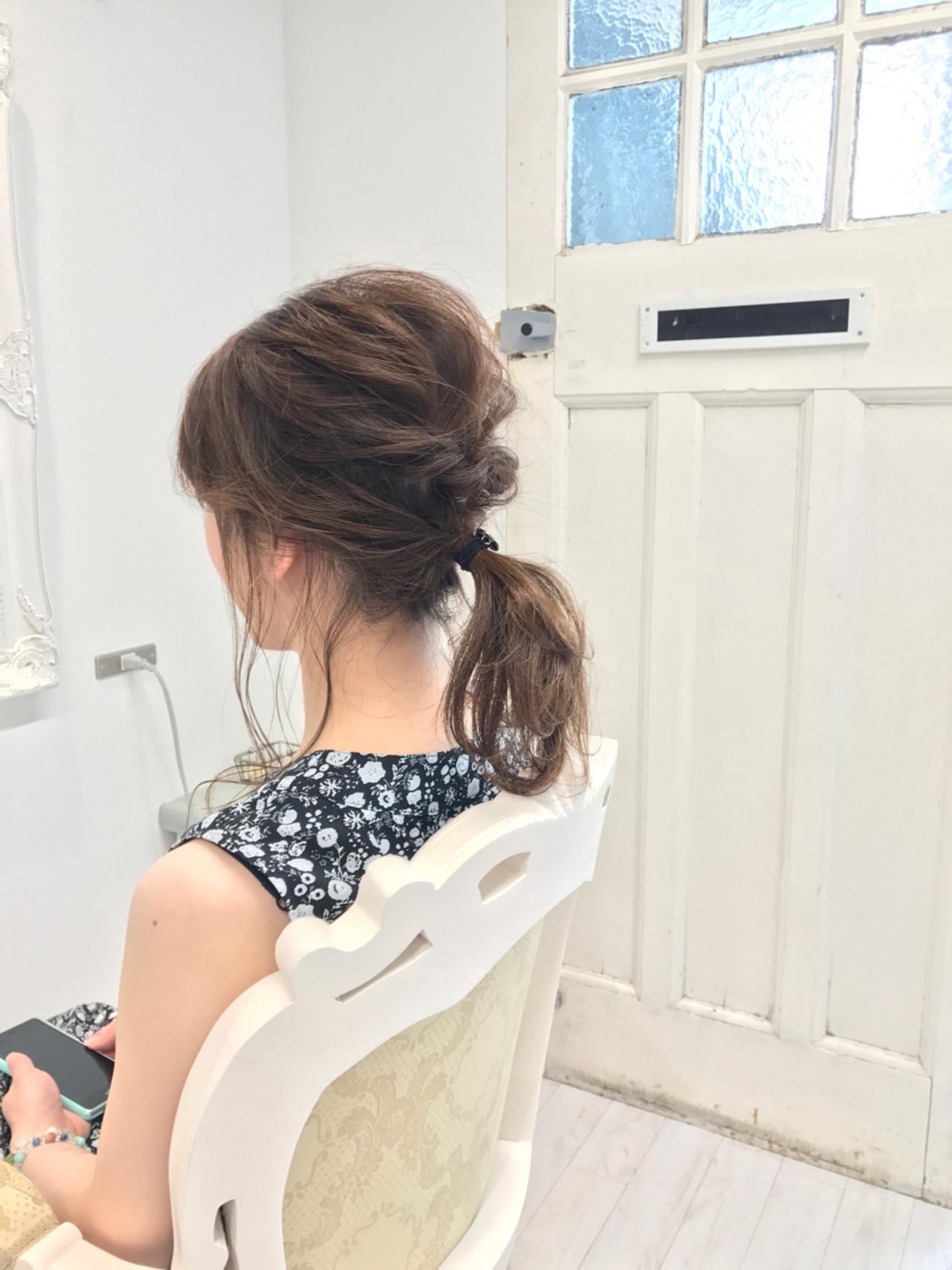 ポニーテール ナチュラル ヘアアレンジ ミディアム ヘアスタイルや髪型の写真・画像   Wataru Maeda / cache cache