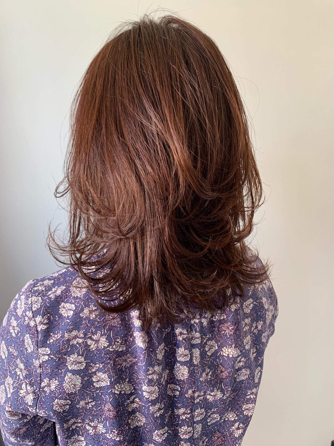 セミロング ニュアンスヘア エレガント 大人カジュアル ヘアスタイルや髪型の写真・画像