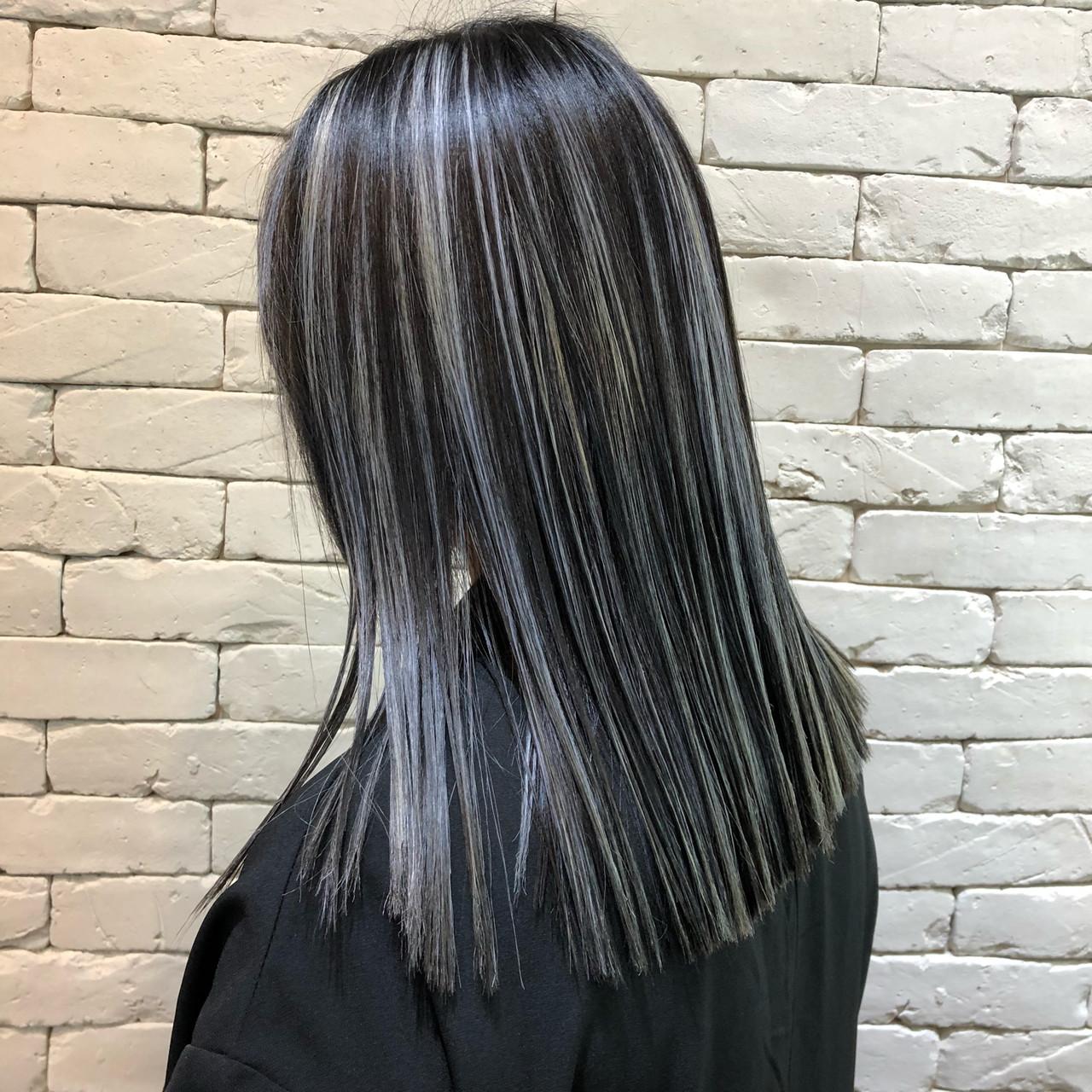 外国人風 バレイヤージュ セミロング ストリート ヘアスタイルや髪型の写真・画像