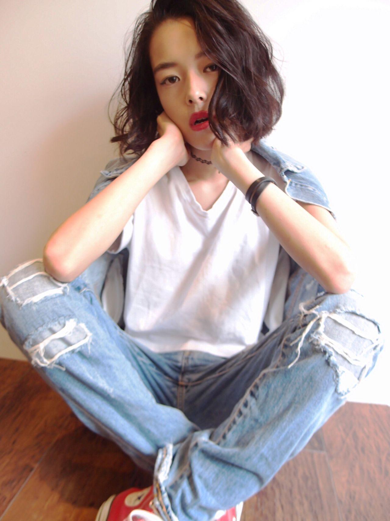 ストレート ウェーブ 暗髪 ショート ヘアスタイルや髪型の写真・画像   Satoshi Yokofujita / TLONY