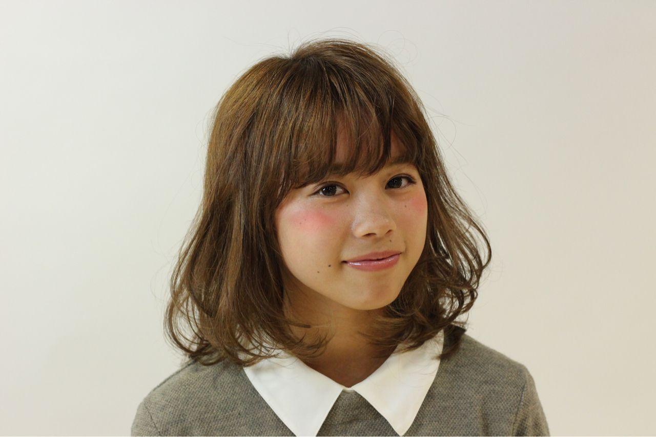 ミディアム ガーリー モテ髪 ウェットヘア ヘアスタイルや髪型の写真・画像