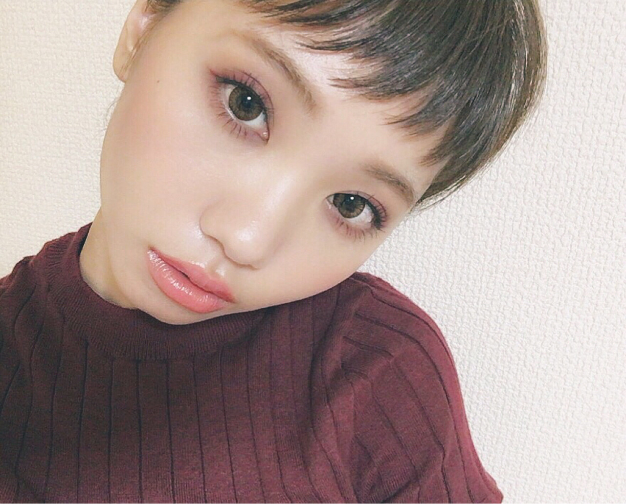 モード ミディアム 秋 ボルドー ヘアスタイルや髪型の写真・画像