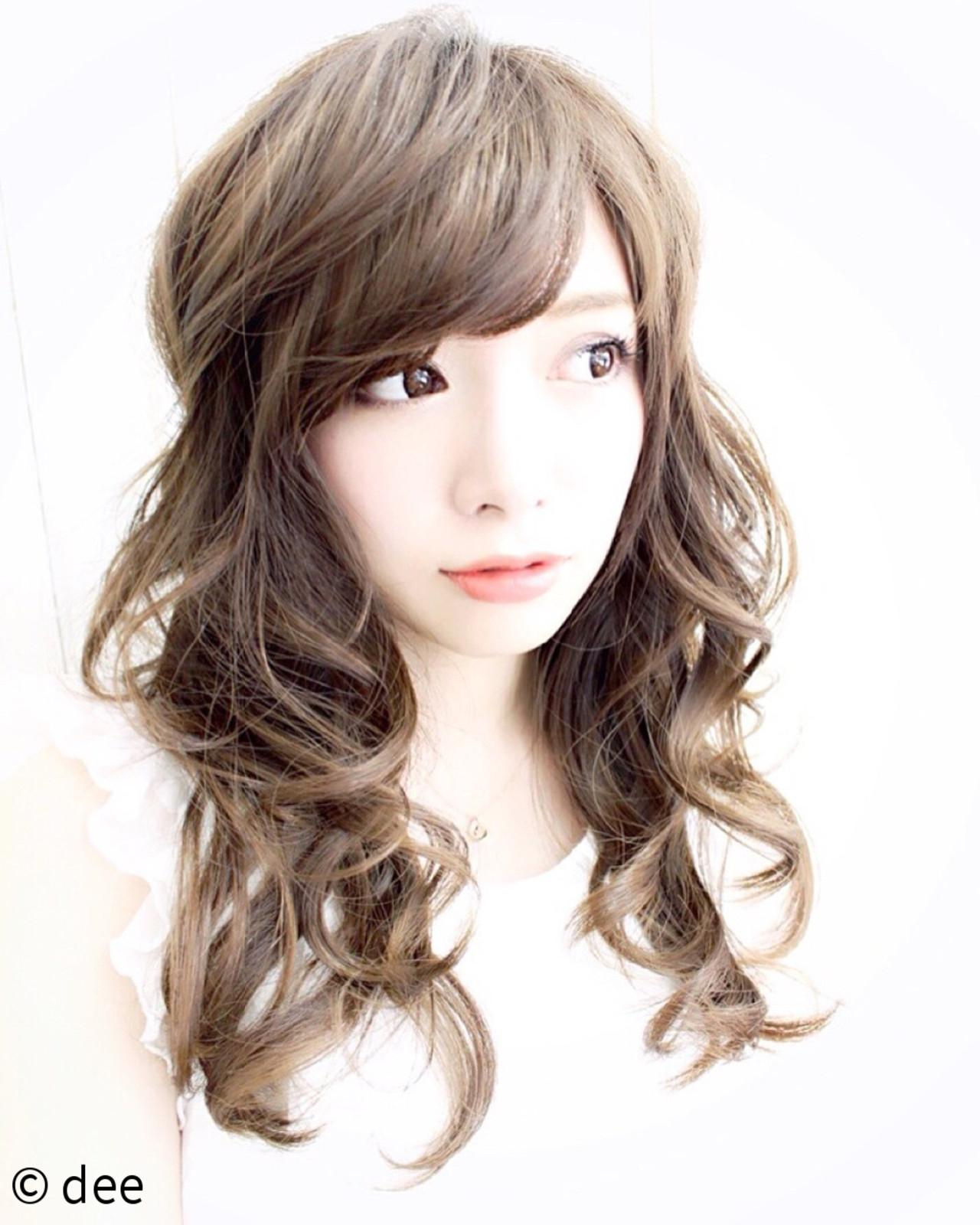 愛され ロング 外国人風 ハイライト ヘアスタイルや髪型の写真・画像