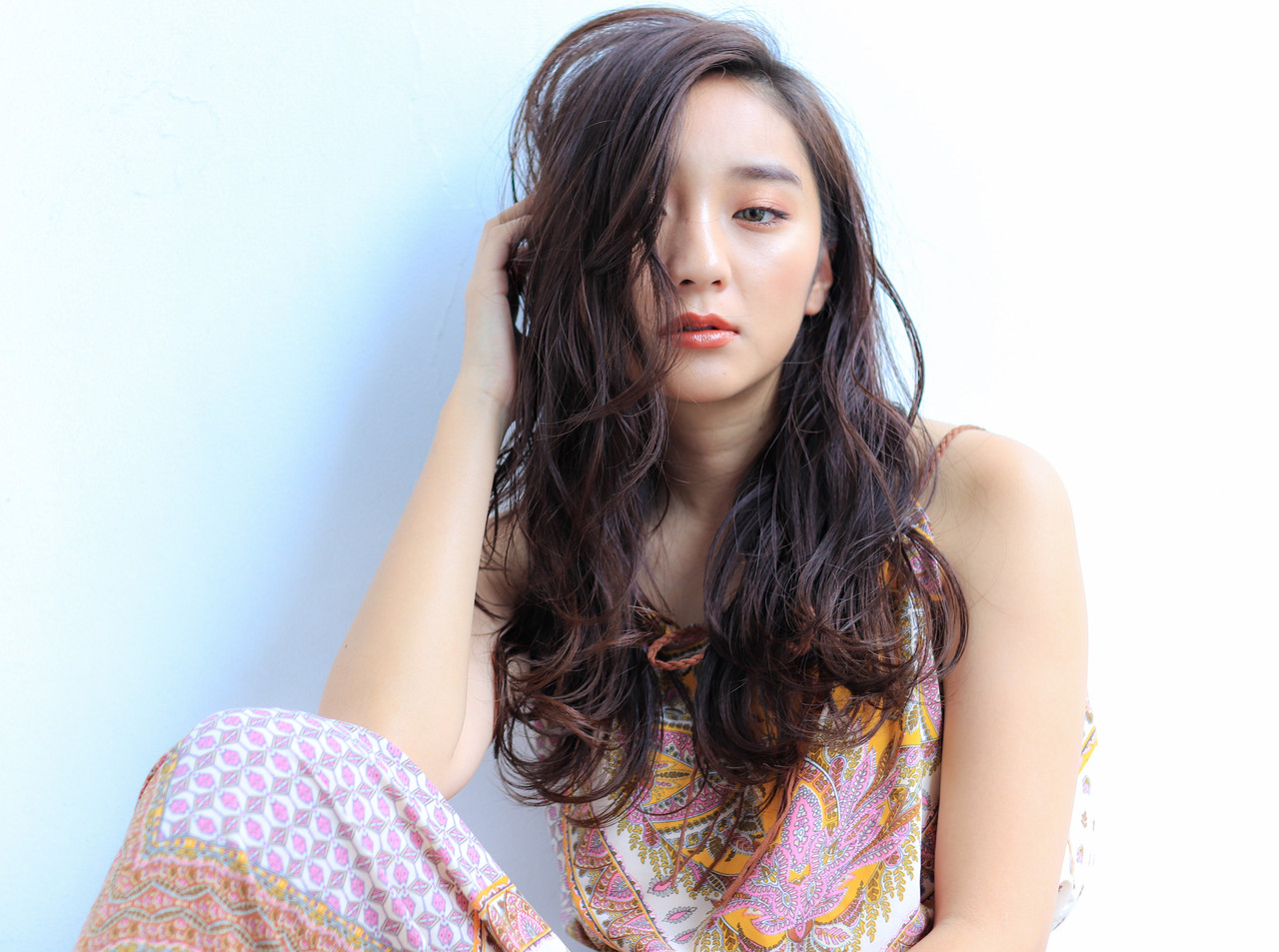 ロング コテ巻き 簡単ヘアアレンジ ナチュラル ヘアスタイルや髪型の写真・画像