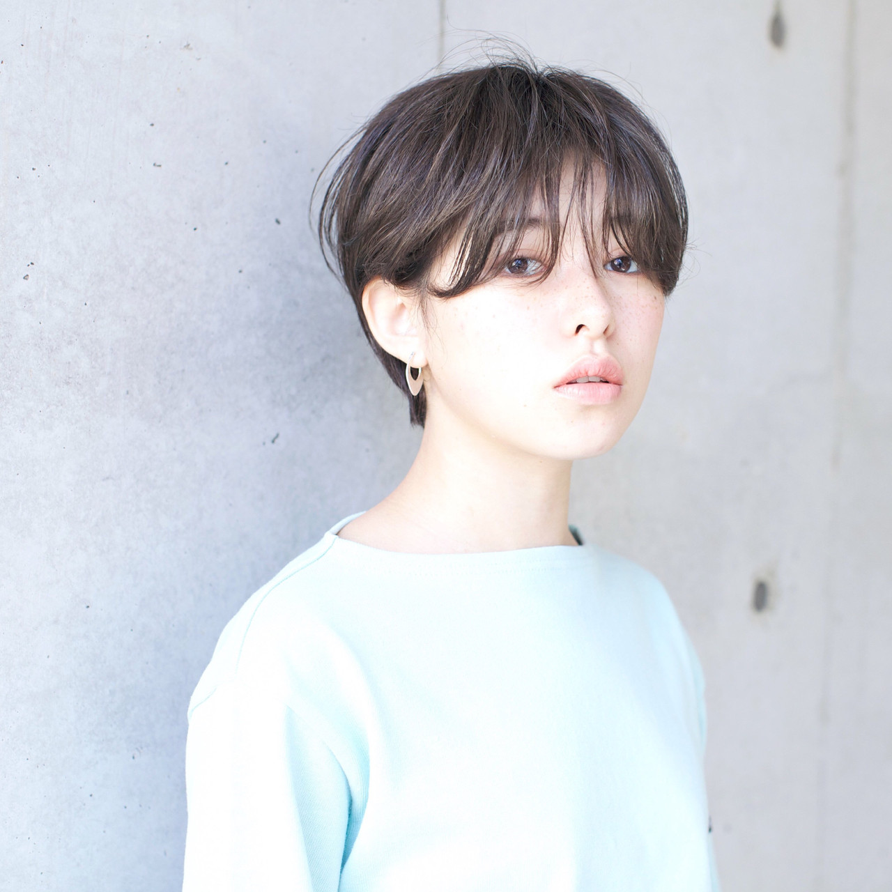 グレージュ 似合わせ 外国人風カラー アッシュ ヘアスタイルや髪型の写真・画像 | 佐脇 正徳 / LOAVE AOYAMA(ローヴ アオヤマ)