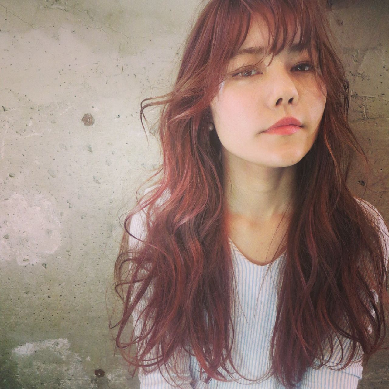 ストリート ロング ウェットヘア 春 ヘアスタイルや髪型の写真・画像 | oshiro mitsuko / keen