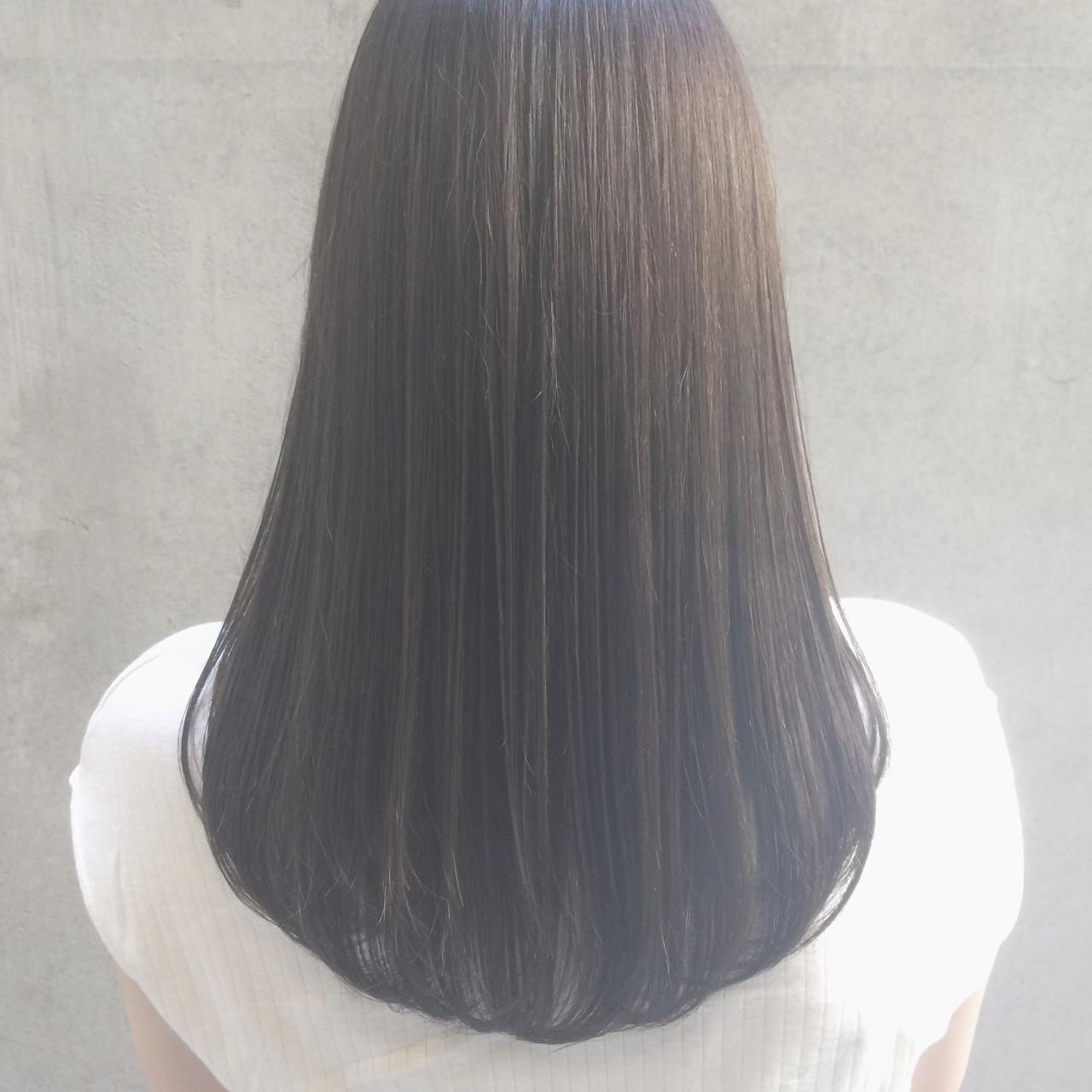 ナチュラル ストレート パーマ セミロング ヘアスタイルや髪型の写真・画像   Tierra / 町田雄一 / Tierra harajuku