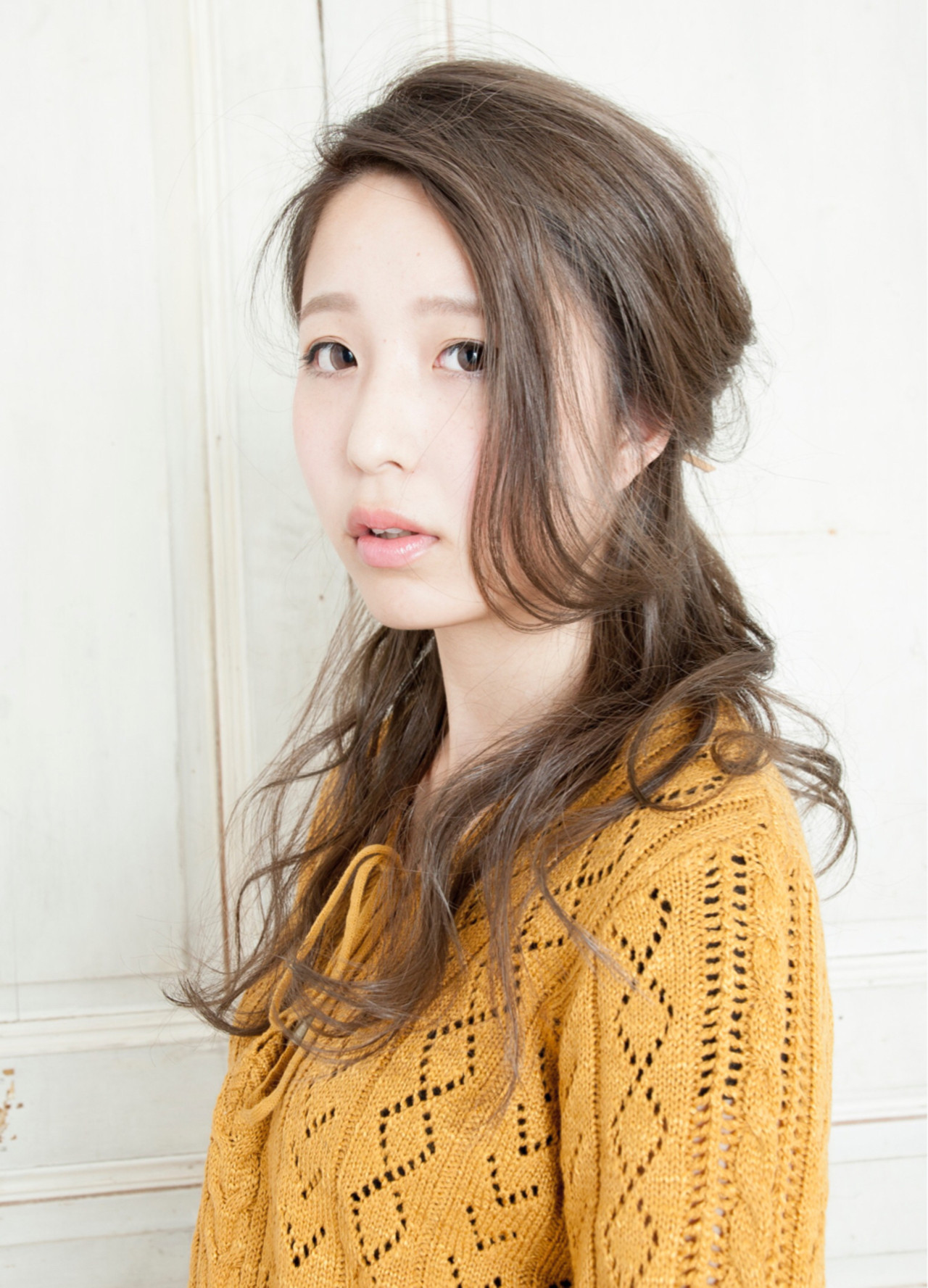 ヘアアレンジ 小顔 ロング フェミニン ヘアスタイルや髪型の写真・画像