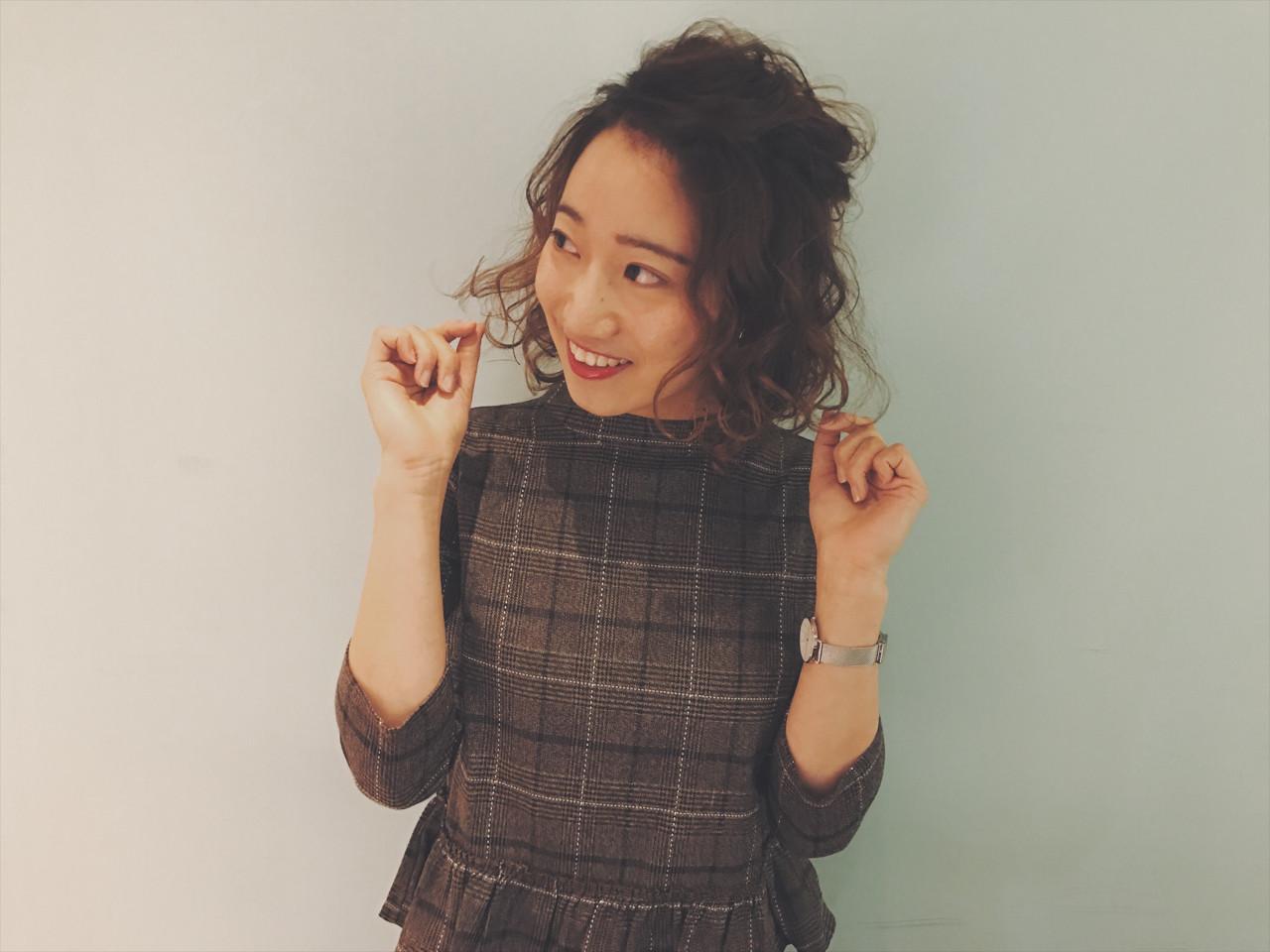 デート 簡単ヘアアレンジ パーマ ガーリー ヘアスタイルや髪型の写真・画像 | 堀川 千枝 / mink HAIR&RELAX