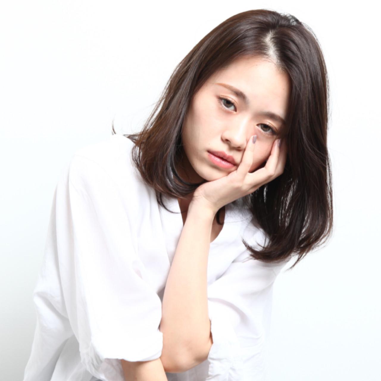 オフィス こなれ感 リラックス ボブ ヘアスタイルや髪型の写真・画像 | 矢部 美咲 / FEAT.