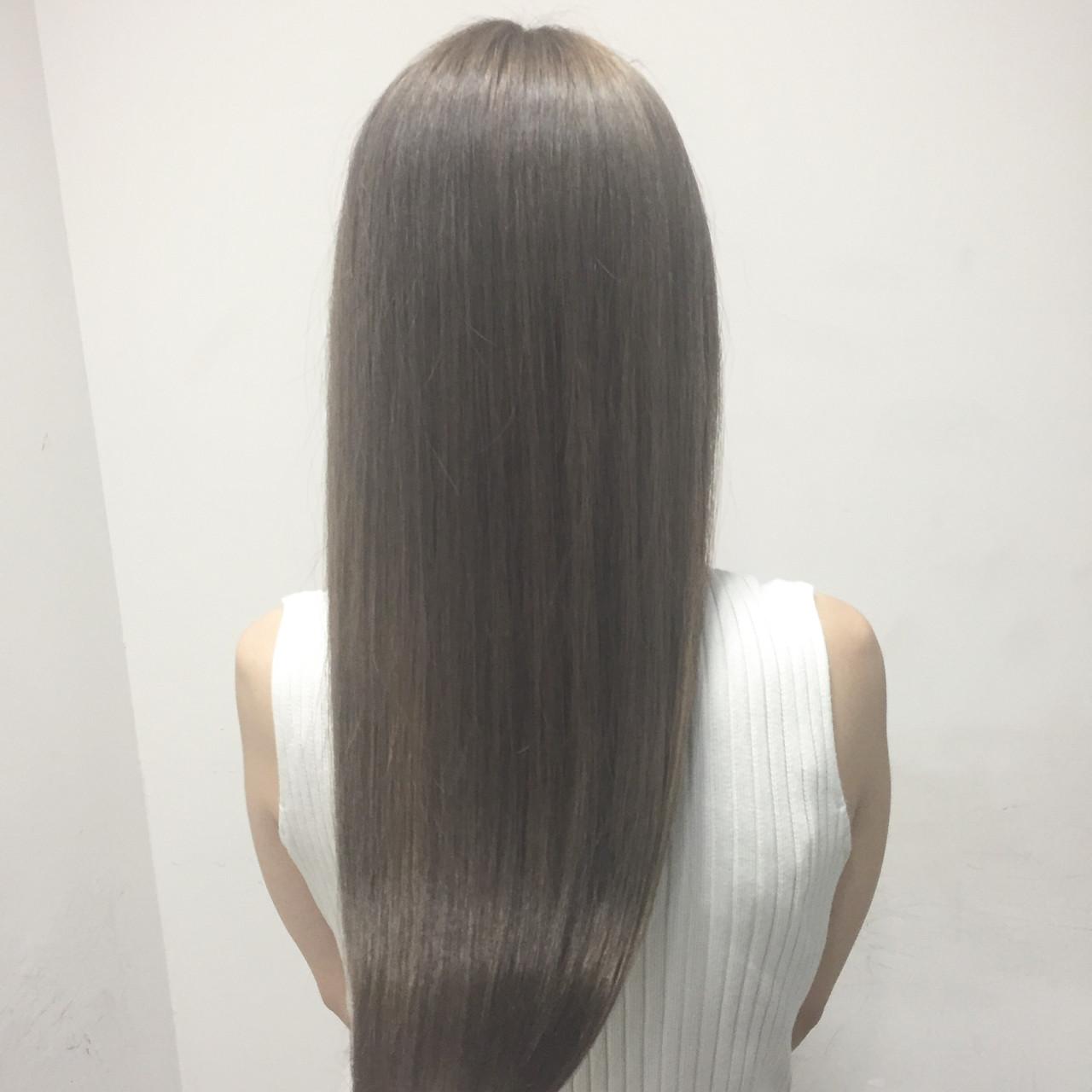 グレージュ 外国人風 ハイライト セミロング ヘアスタイルや髪型の写真・画像