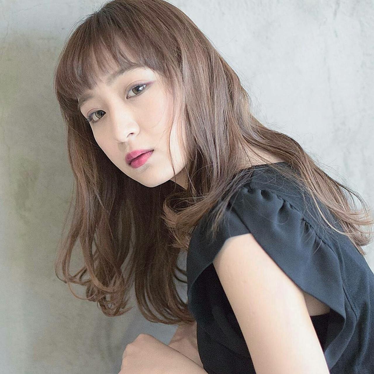 パーマ ロング フェミニン アッシュ ヘアスタイルや髪型の写真・画像 | 鈴木晶子 / arc ginza