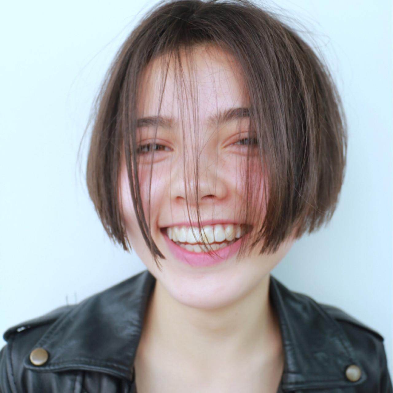 ナチュラル ブラウン おかっぱ アッシュ ヘアスタイルや髪型の写真・画像 | 高橋 忍 / nanuk渋谷店(ナヌーク)
