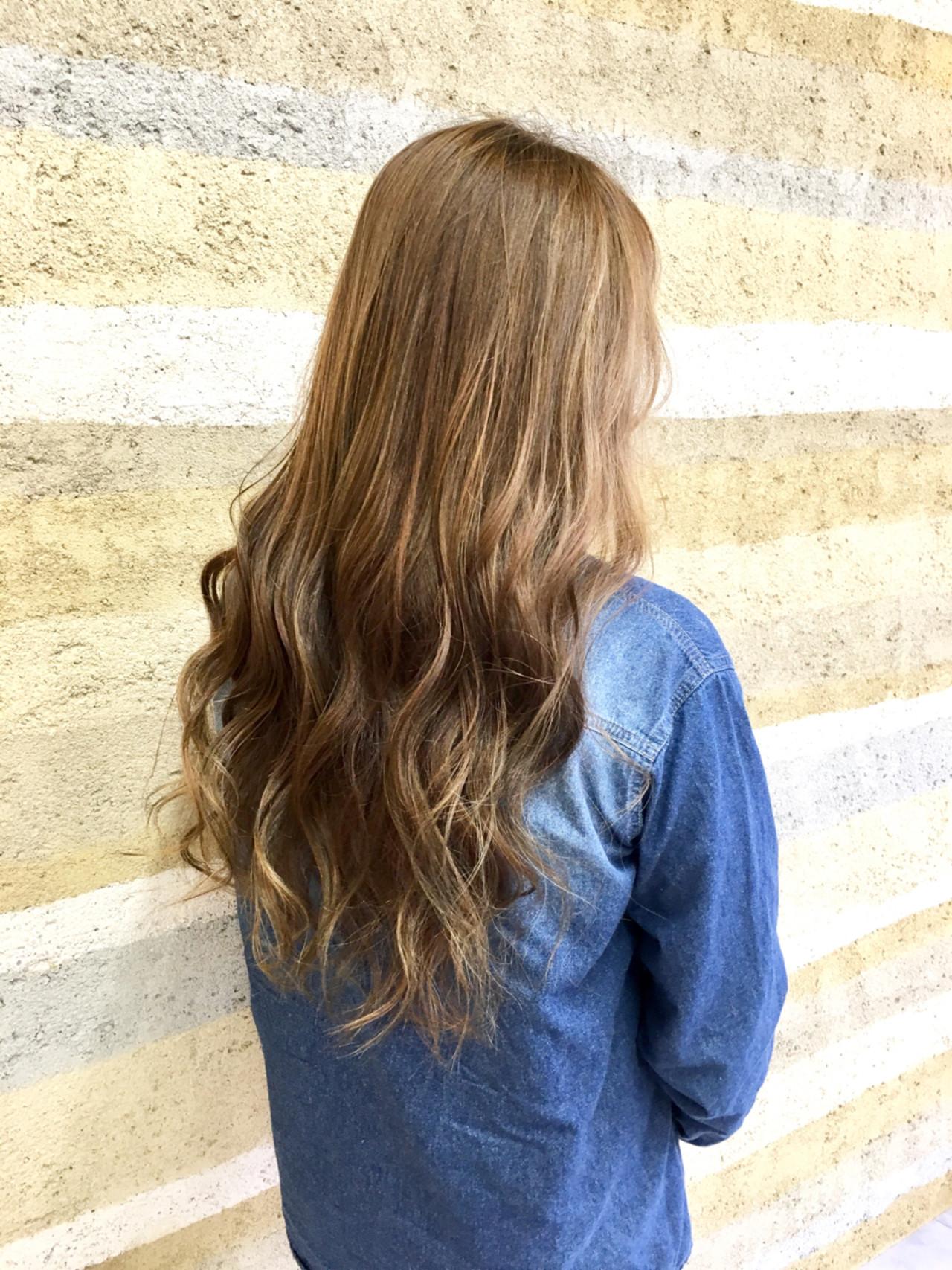 グラデーションカラー ローライト ロング 外国人風 ヘアスタイルや髪型の写真・画像