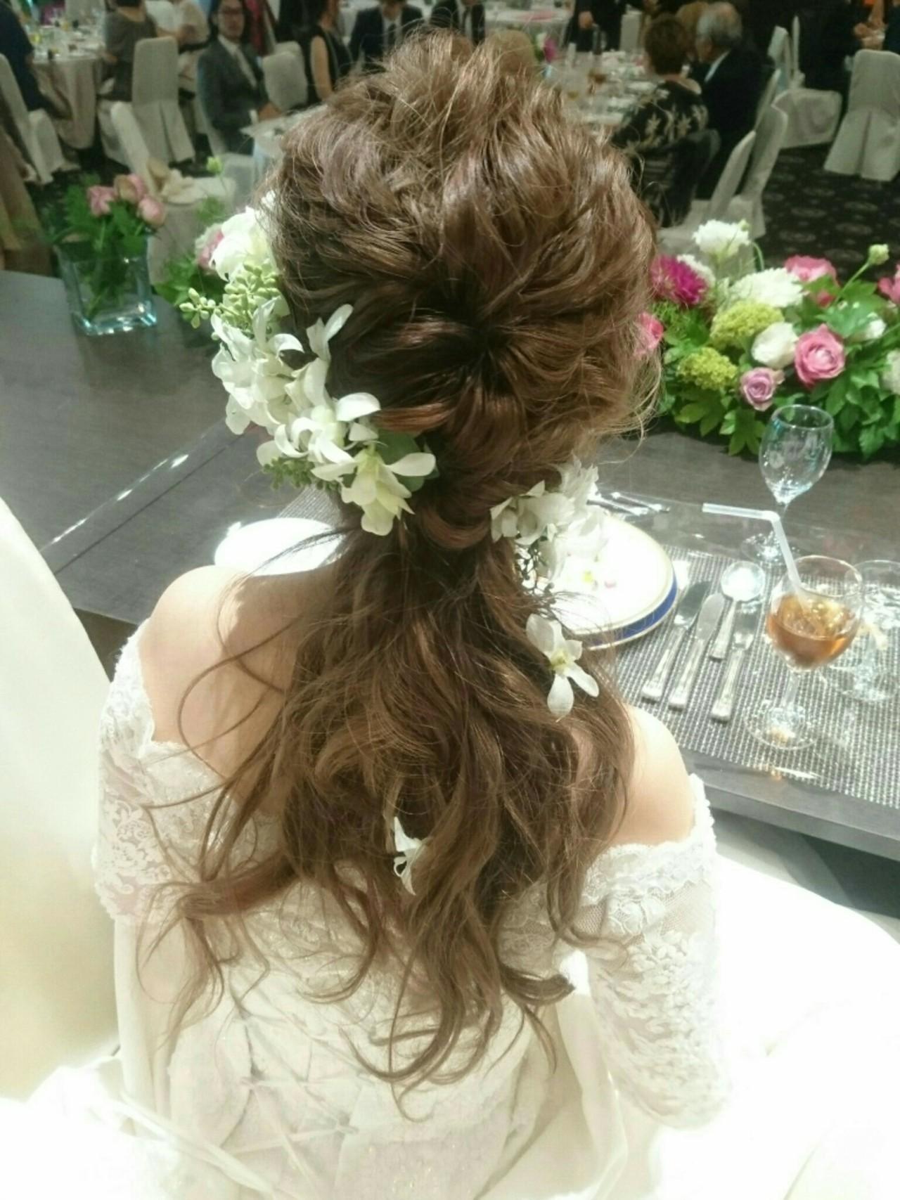 ロング 結婚式 フェミニン こなれ感 ヘアスタイルや髪型の写真・画像