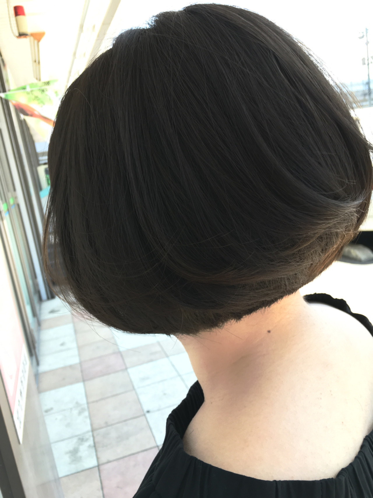 大人女子 かっこいい 内巻き ストレート ヘアスタイルや髪型の写真・画像   金子 一海 / ?!