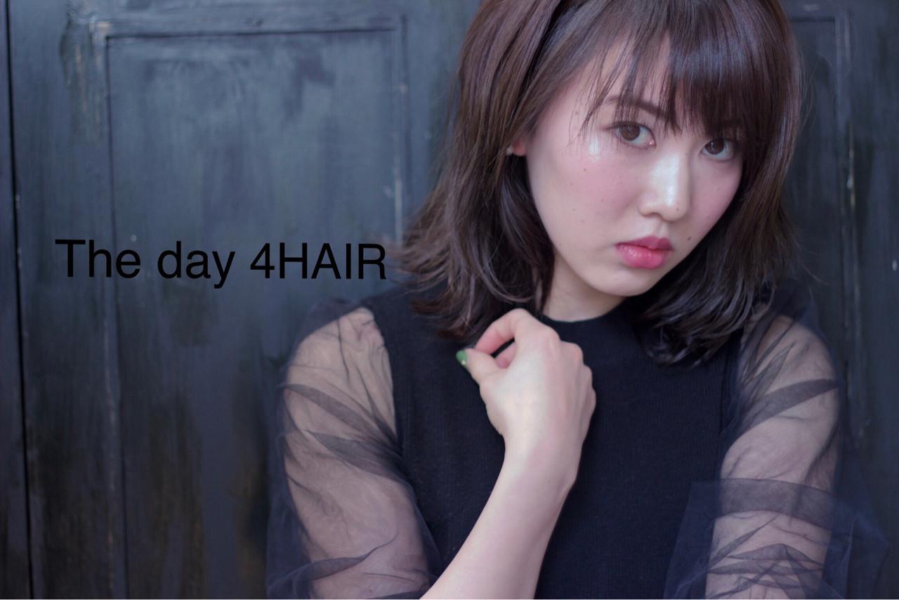 抜け感 こなれ感 外ハネ アンニュイ ヘアスタイルや髪型の写真・画像 | The day 4 HAIR / The day 4HAIR