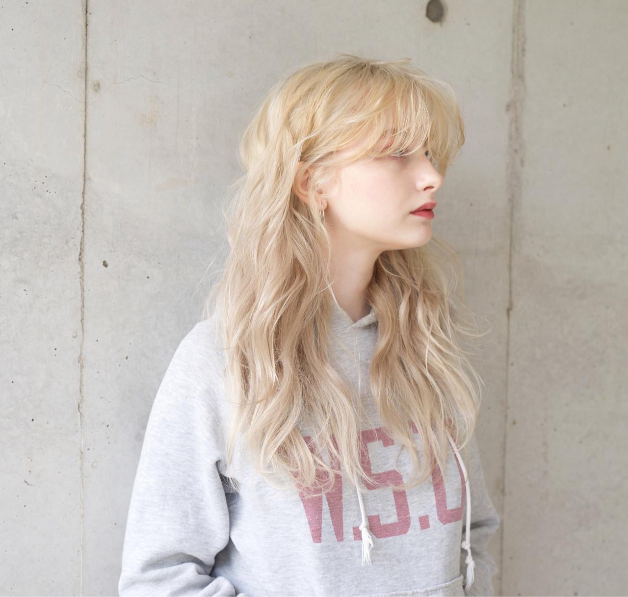 アッシュ アンニュイ リラックス 外国人風カラー ヘアスタイルや髪型の写真・画像